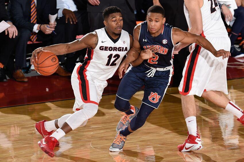 Georgia Bulldogs: Dawg's Basketball Team Impressing Fans