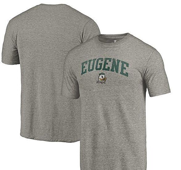 buy online 420bb f1543 Must-have Oregon Ducks items for football season