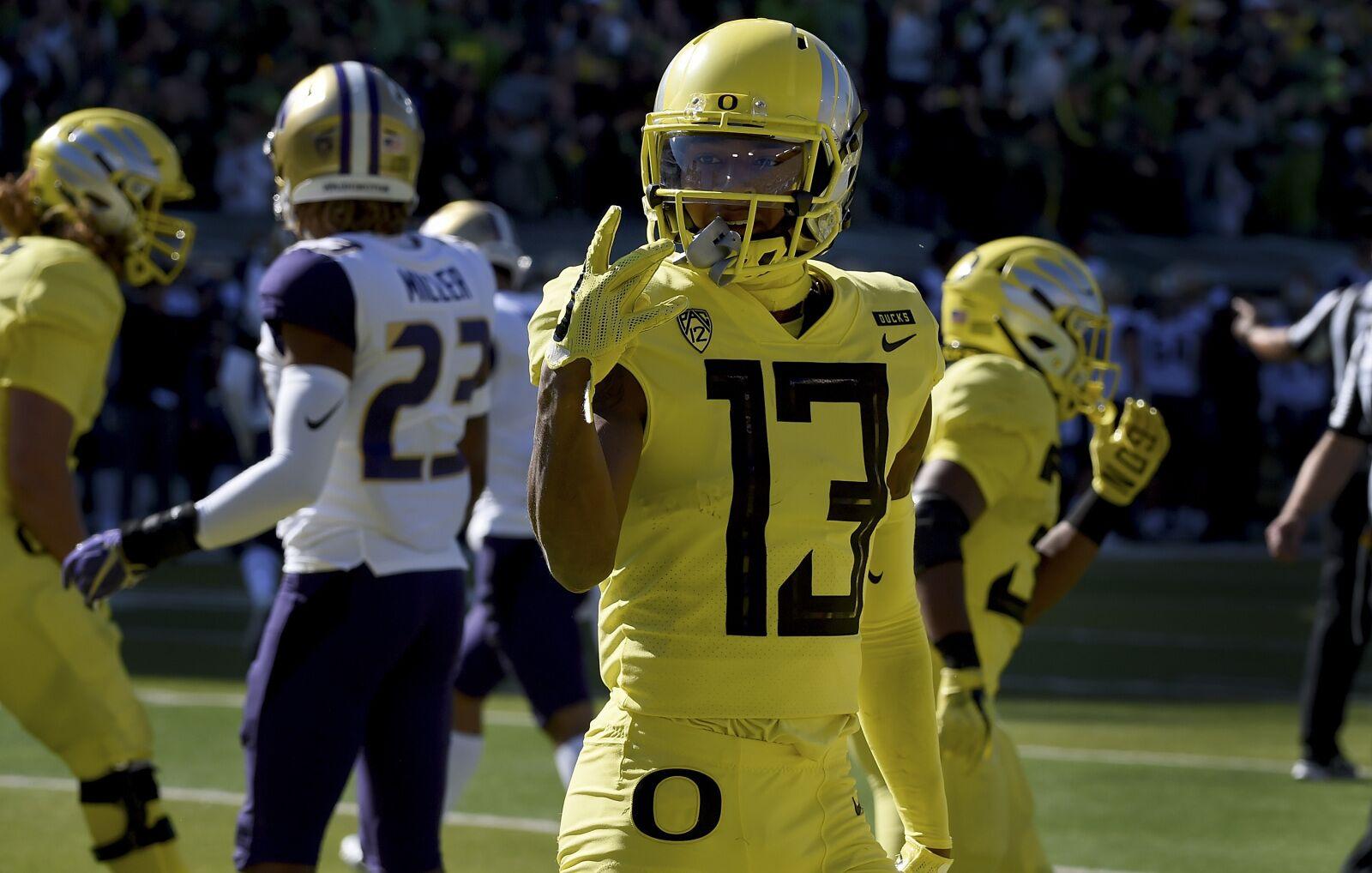 Oregon Football: Ducks Bring Revitalized Offense to Seattle