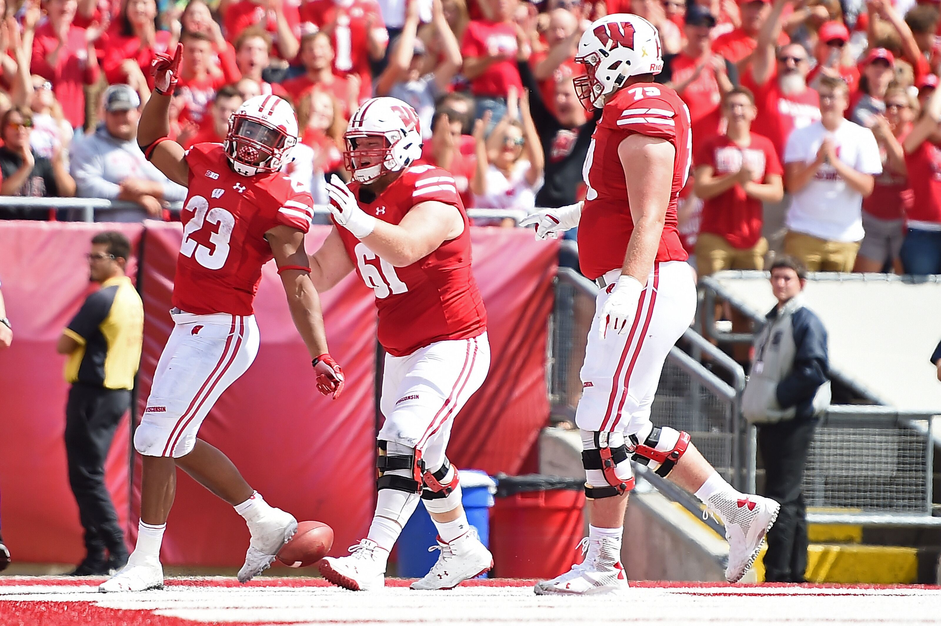 Five Players To Watch For Wisconsin Football Vs Byu