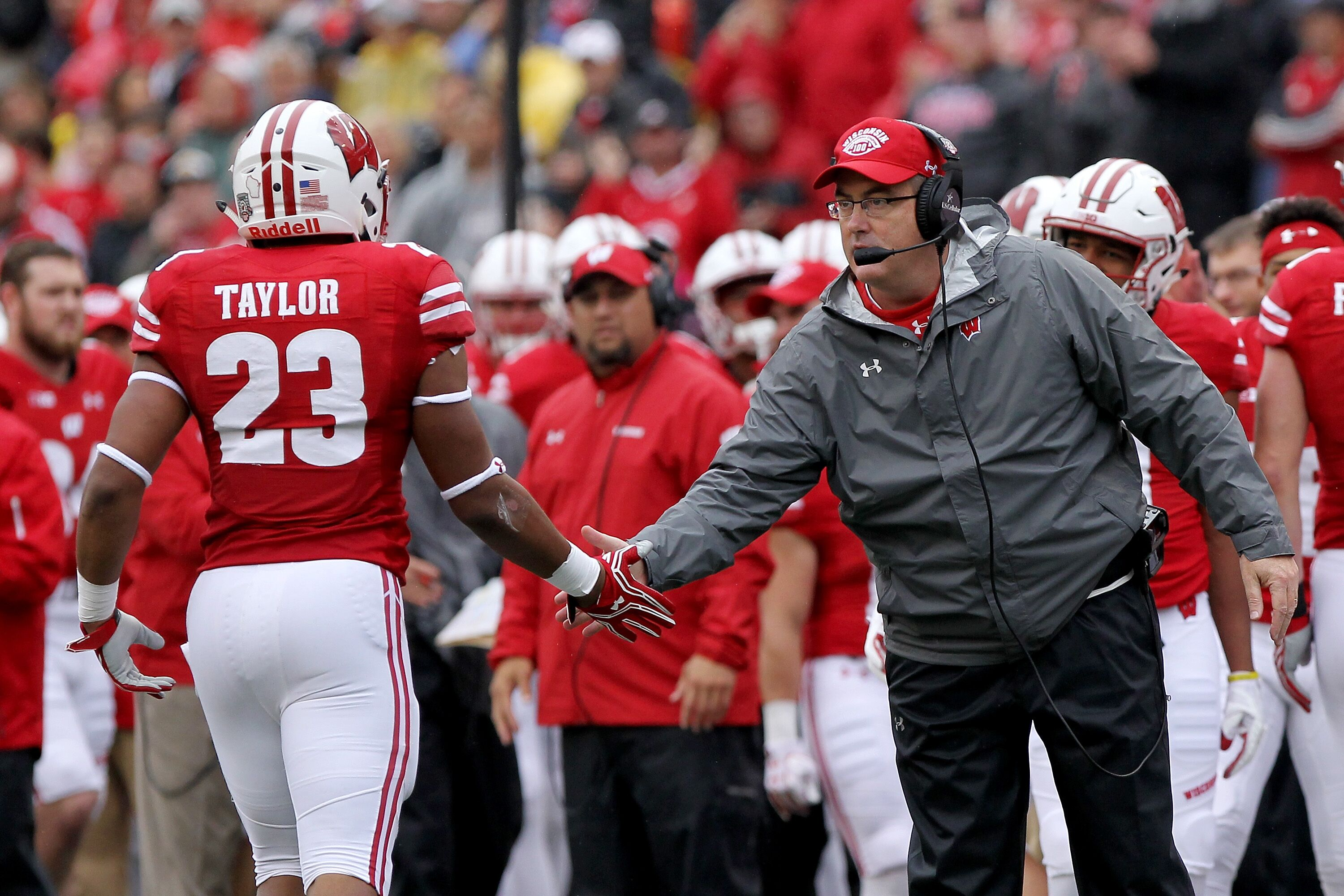 Wisconsin Football targeting a committed fullback