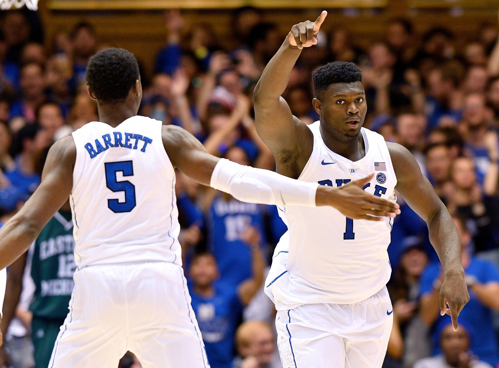 Duke Basketball: Blue Devils arrive in Maui with sights on sixth title
