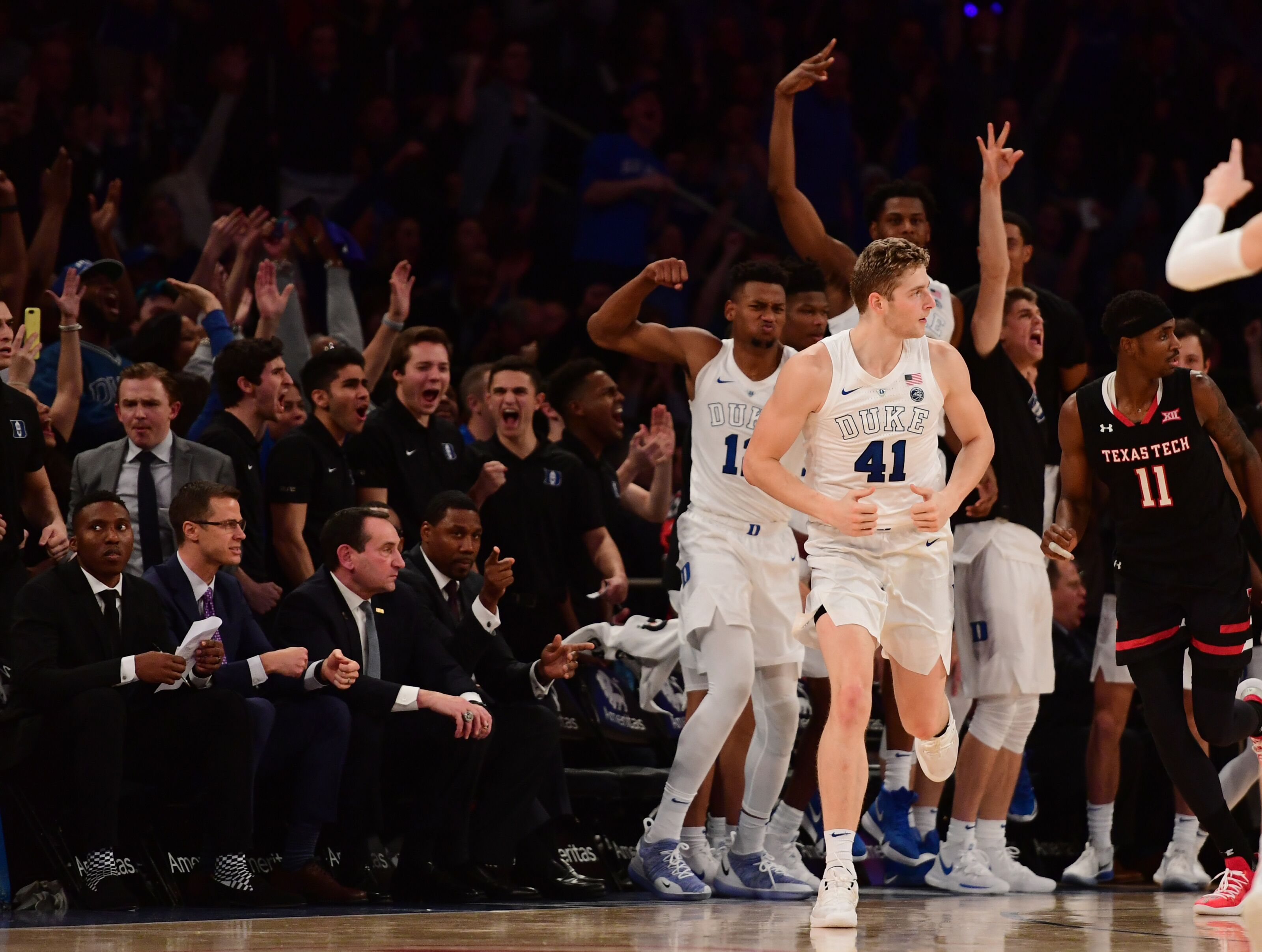 Duke Basketball: Jack White to get an early look at extended 3-point line