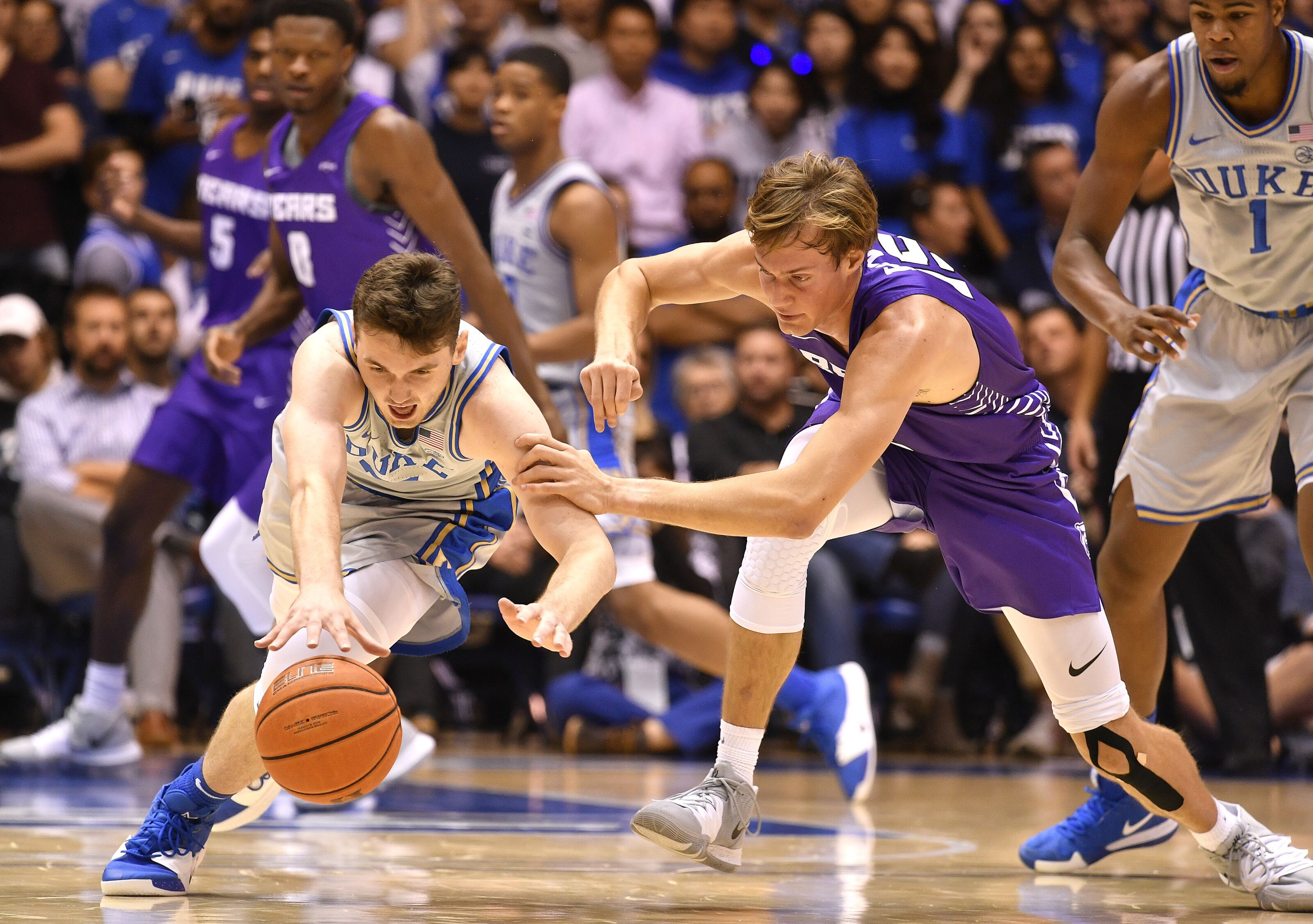Duke basketball freshman Matthew Hurt impresses with unselfishness