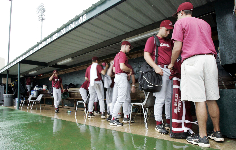 53028038-ncaa-baseball-regional-new-orleans.jpg