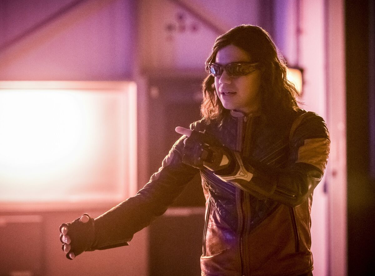 Carlos Valdes is leaving The Flash after season 5