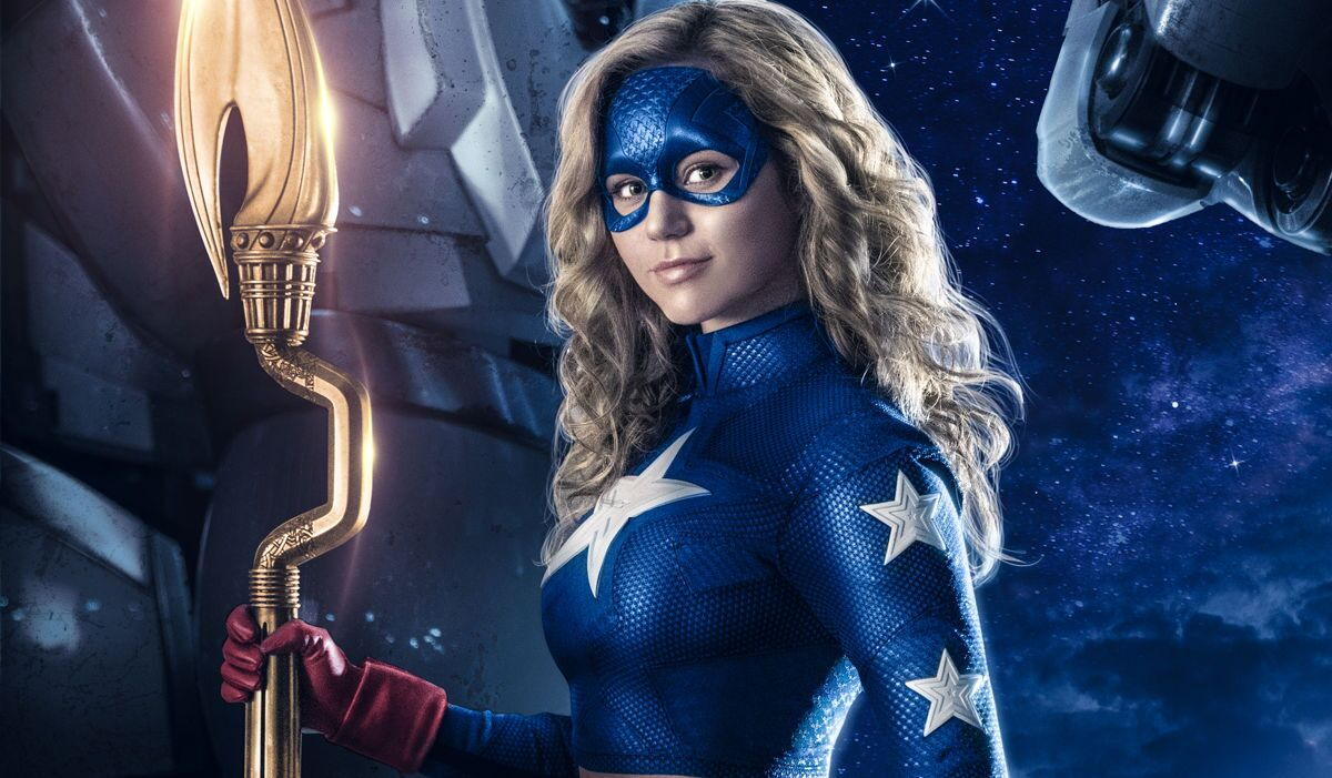 Stargirl takes flight in set photo from DC Universe show