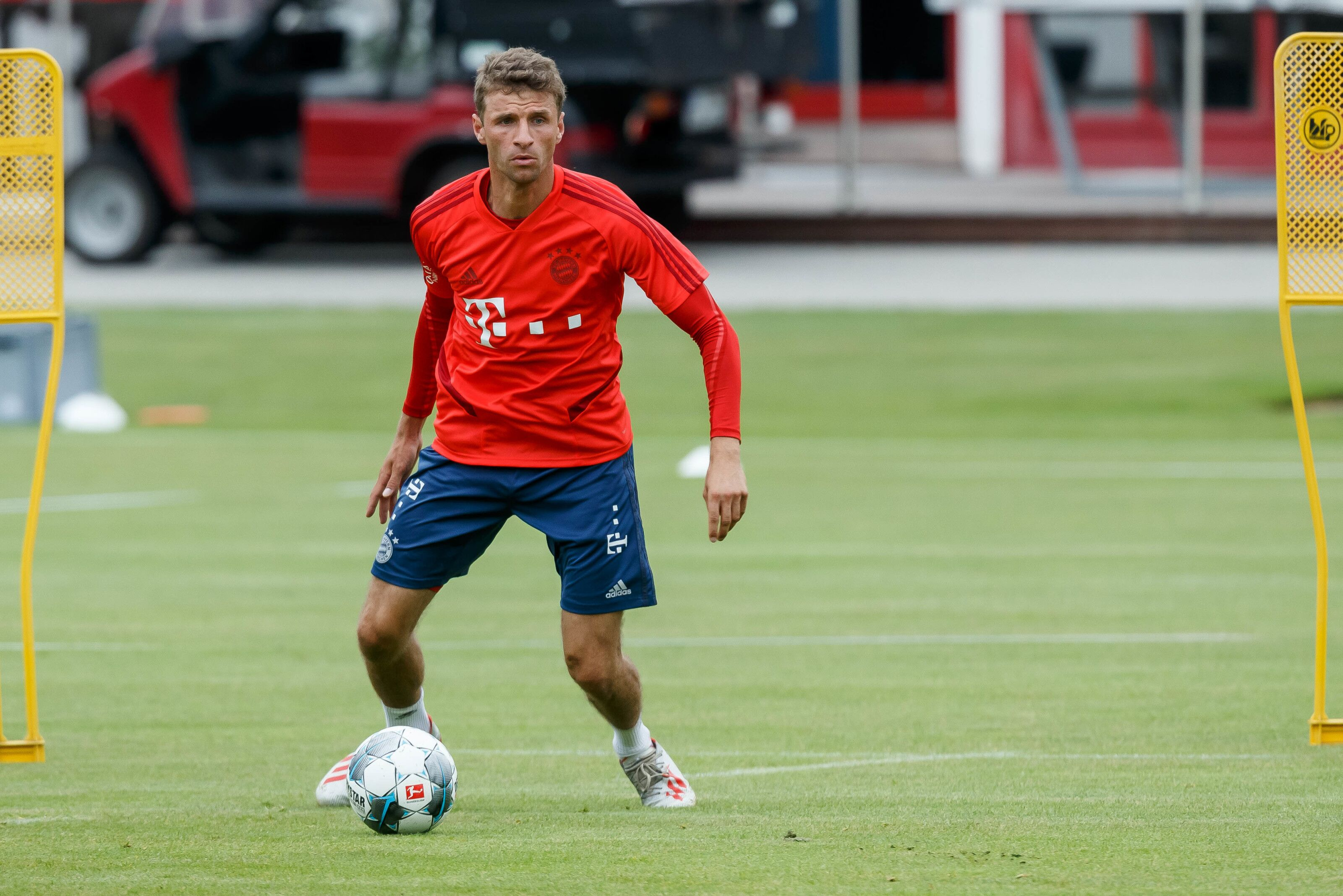 Bayern Munich: Thomas Muller excited about title tussle with BVB