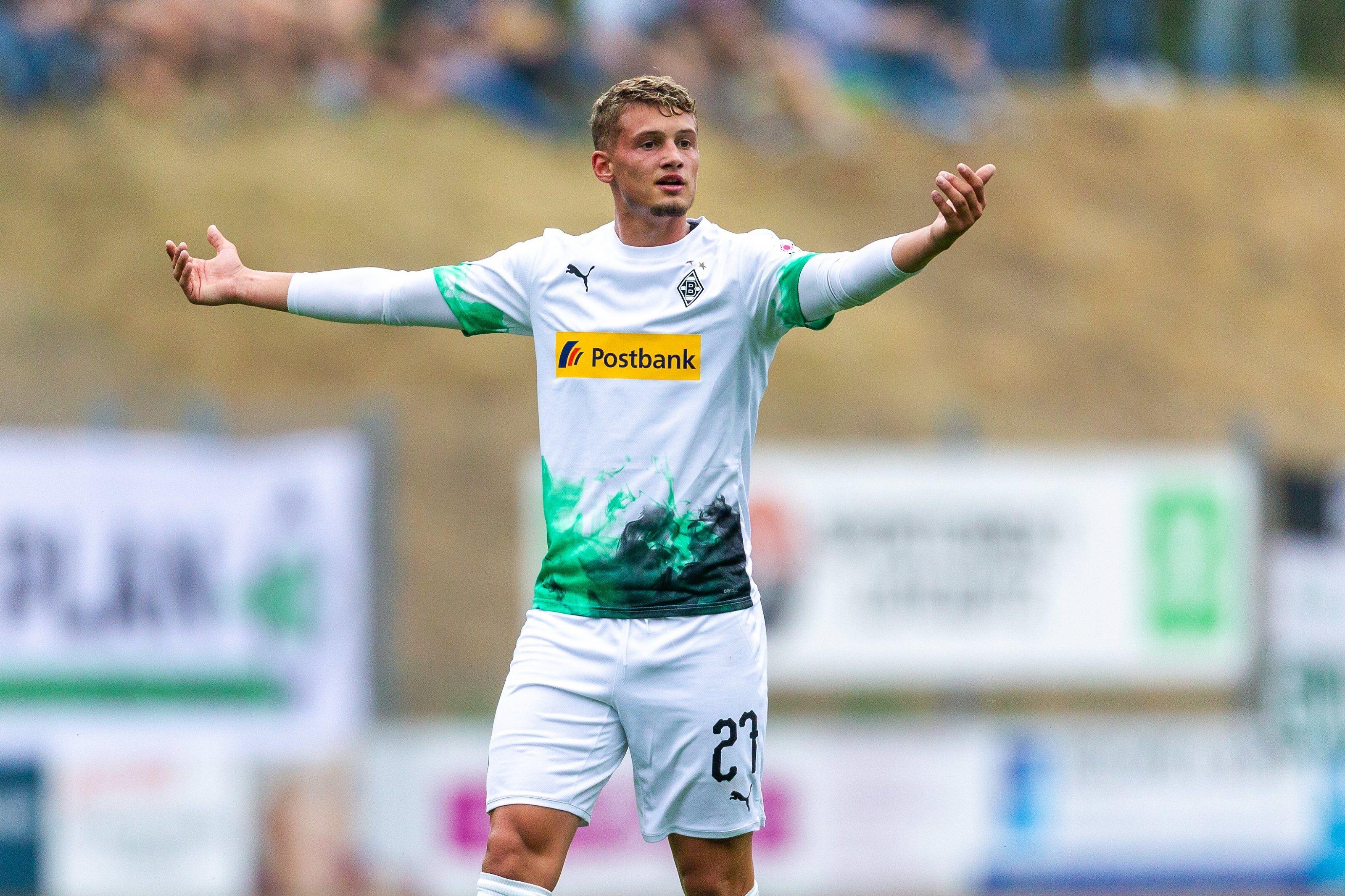 Bayern Munich set to sign Borussia Monchengladbach's Michael Cuisance