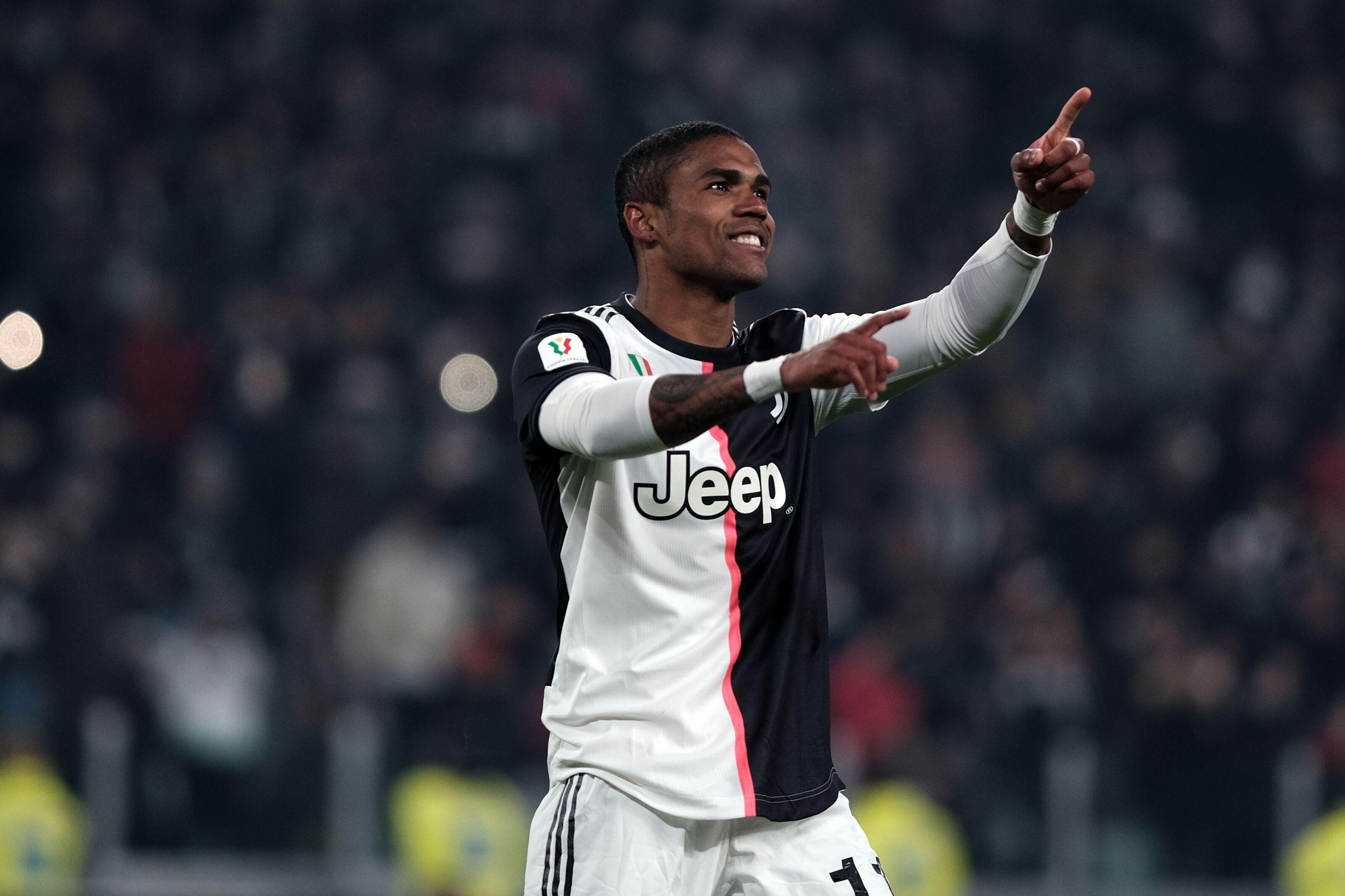 Bayern Munich reportedly exploring a move for Douglas Costa