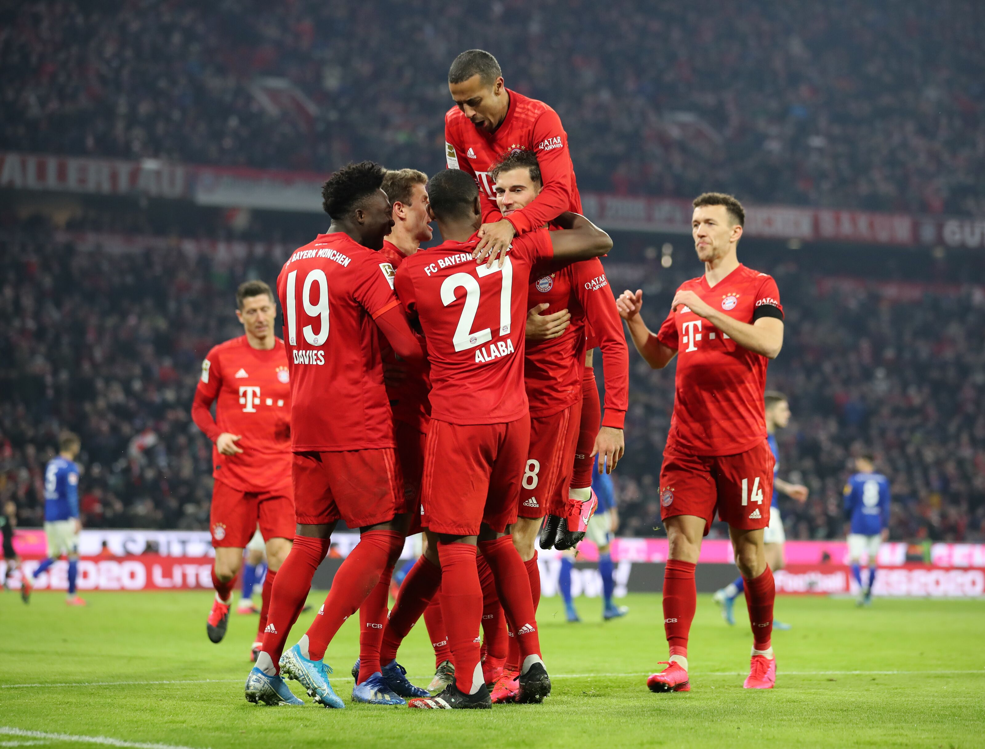 Bayern Munich thrash FC Schalke at Allianz Arena