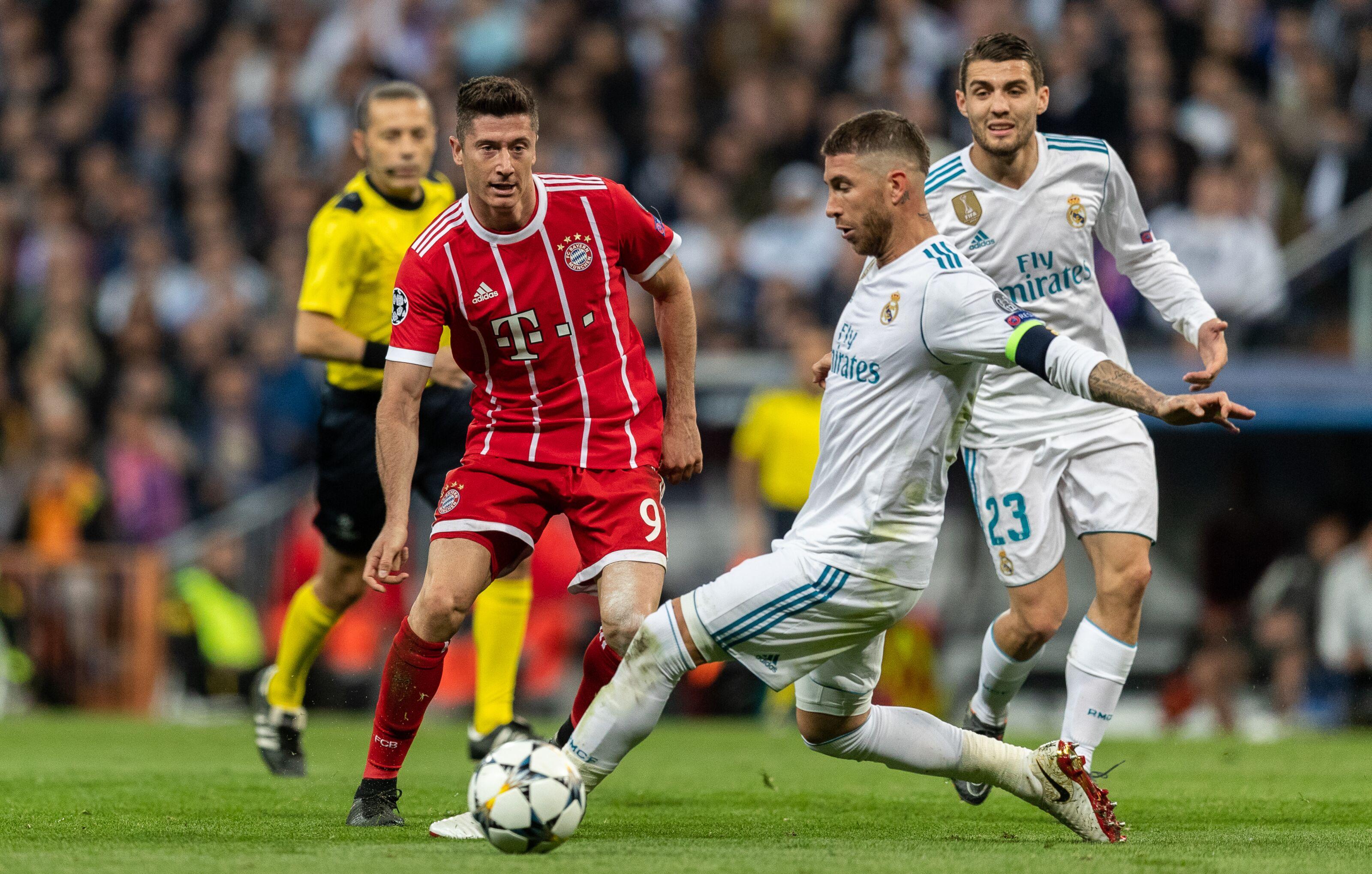 Real Madrid's players tried to lure Robert Lewandowski from Bayern Munich