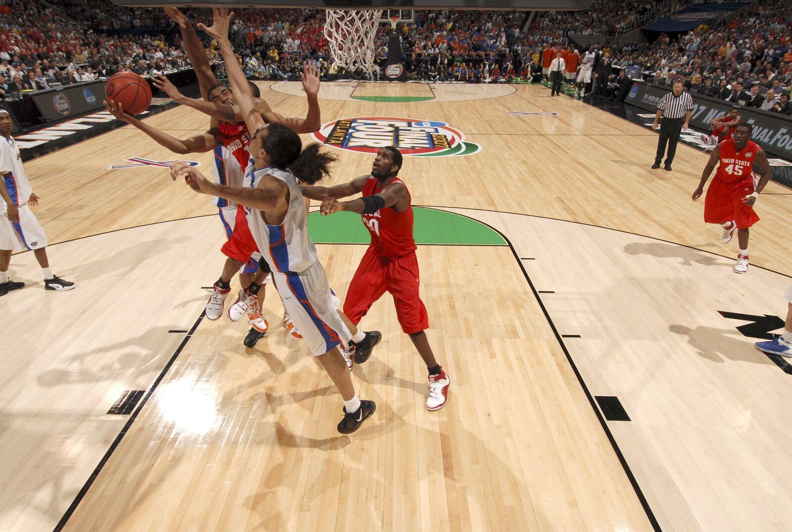5d7c6fa3072 Memphis Grizzlies: Mike Conley, Joakim Noah Share Special NCAA Championship  Connection