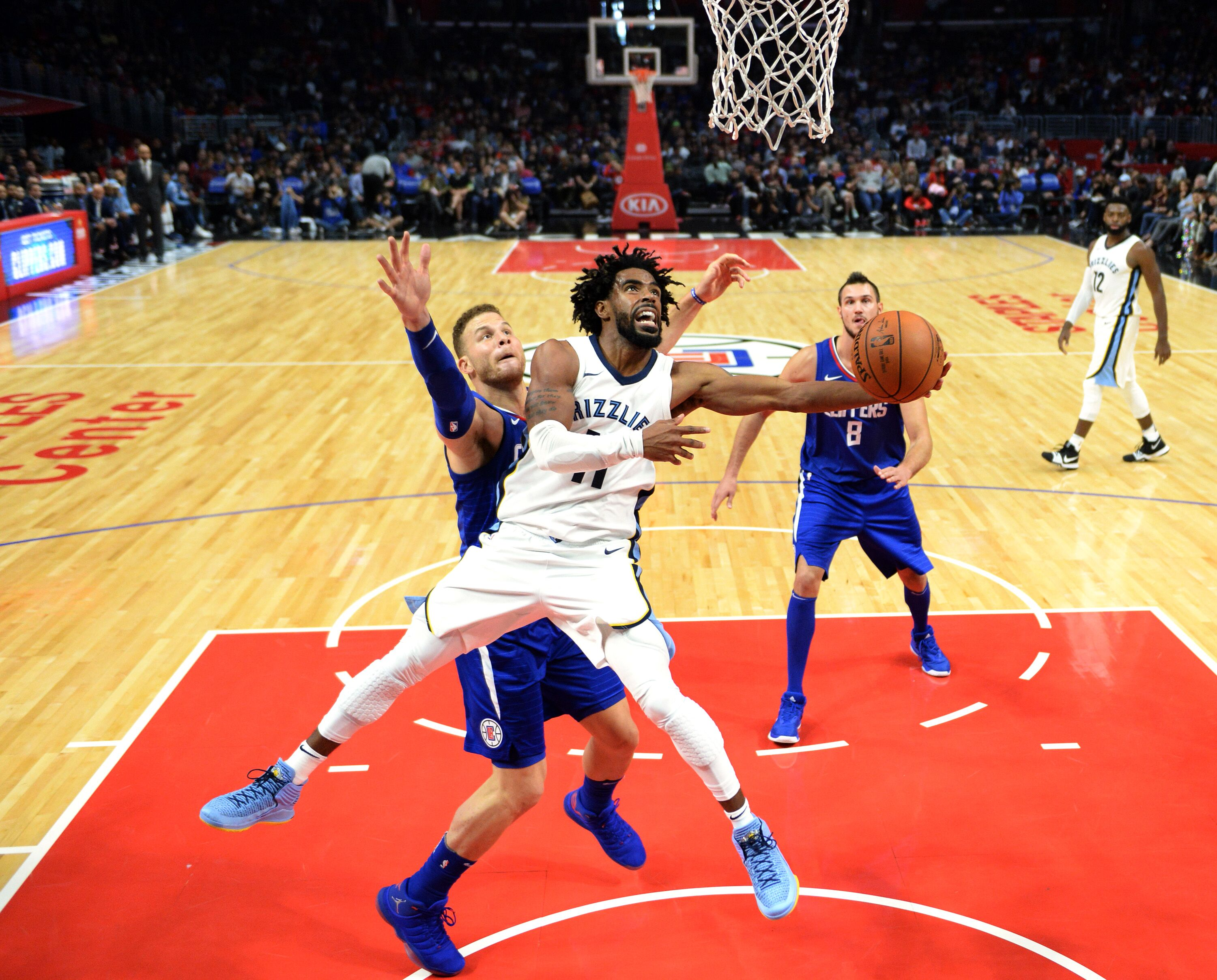 870389884-memphis-grizzlies-v-los-angeles-clippers.jpg