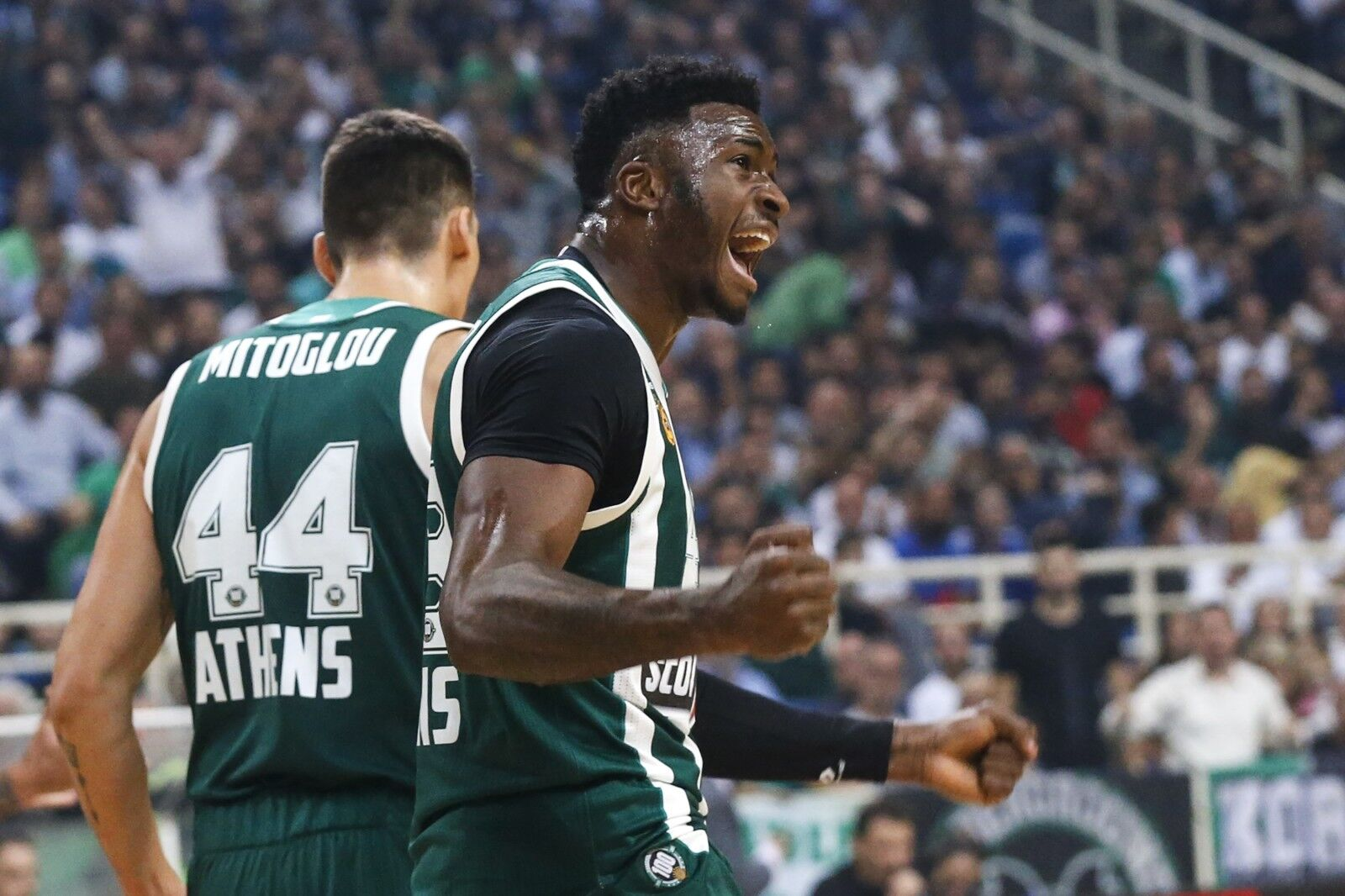 Milwaukee Bucks add Thanasis Antetokounmpo, Luke Maye for Summer League