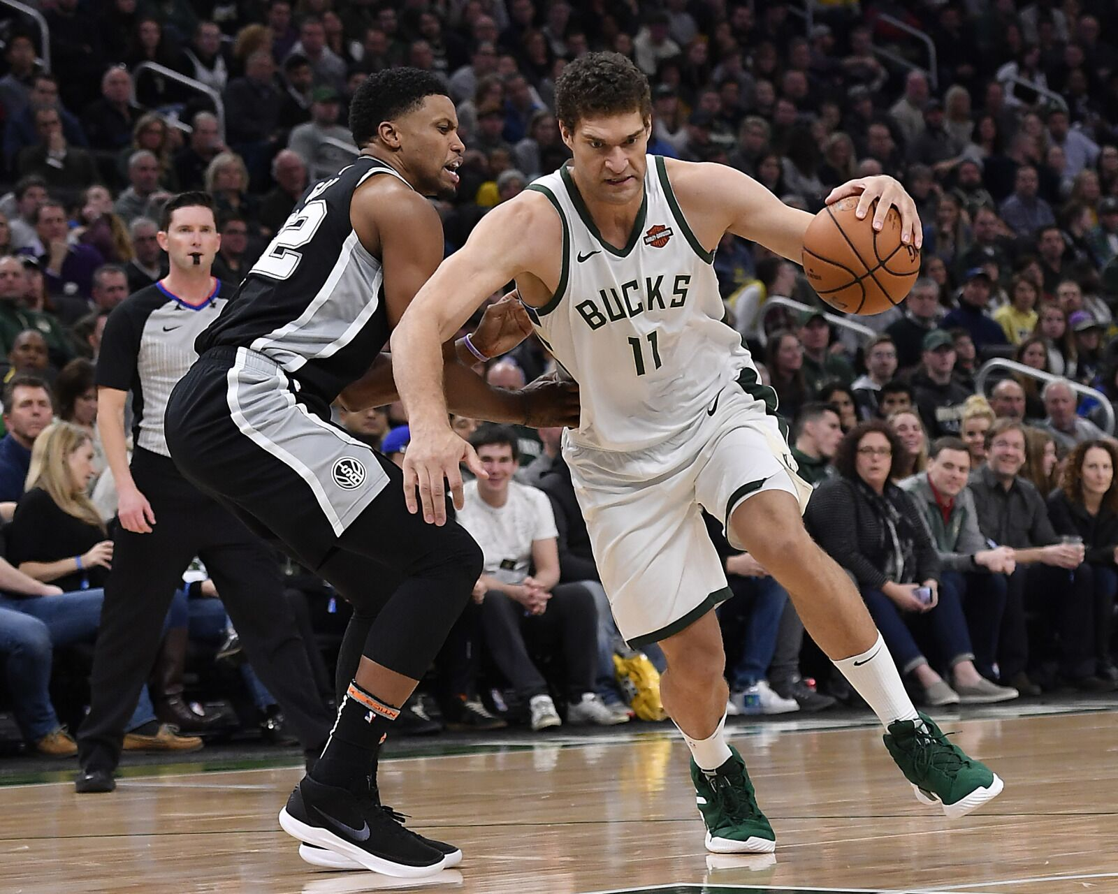 Milwaukee Bucks 3 Things To Watch For On The Road To San