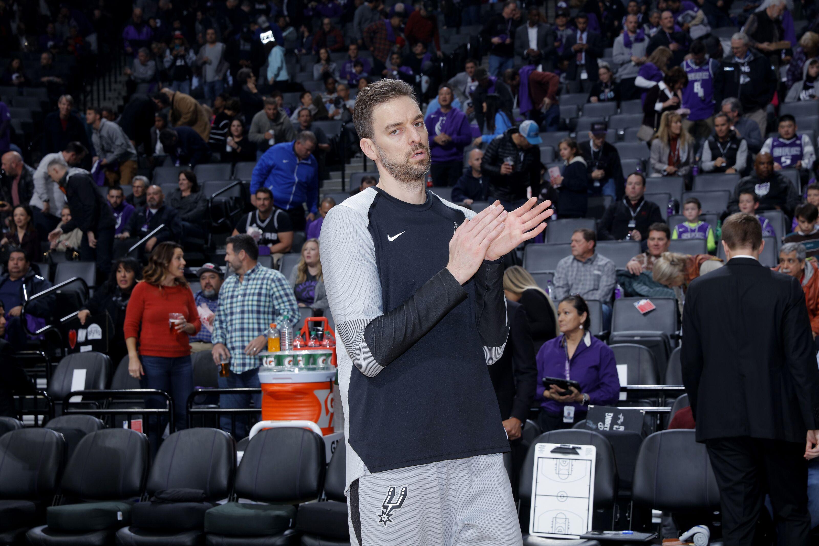 Milwaukee Bucks reportedly signing veteran center Pau Gasol 78177c008