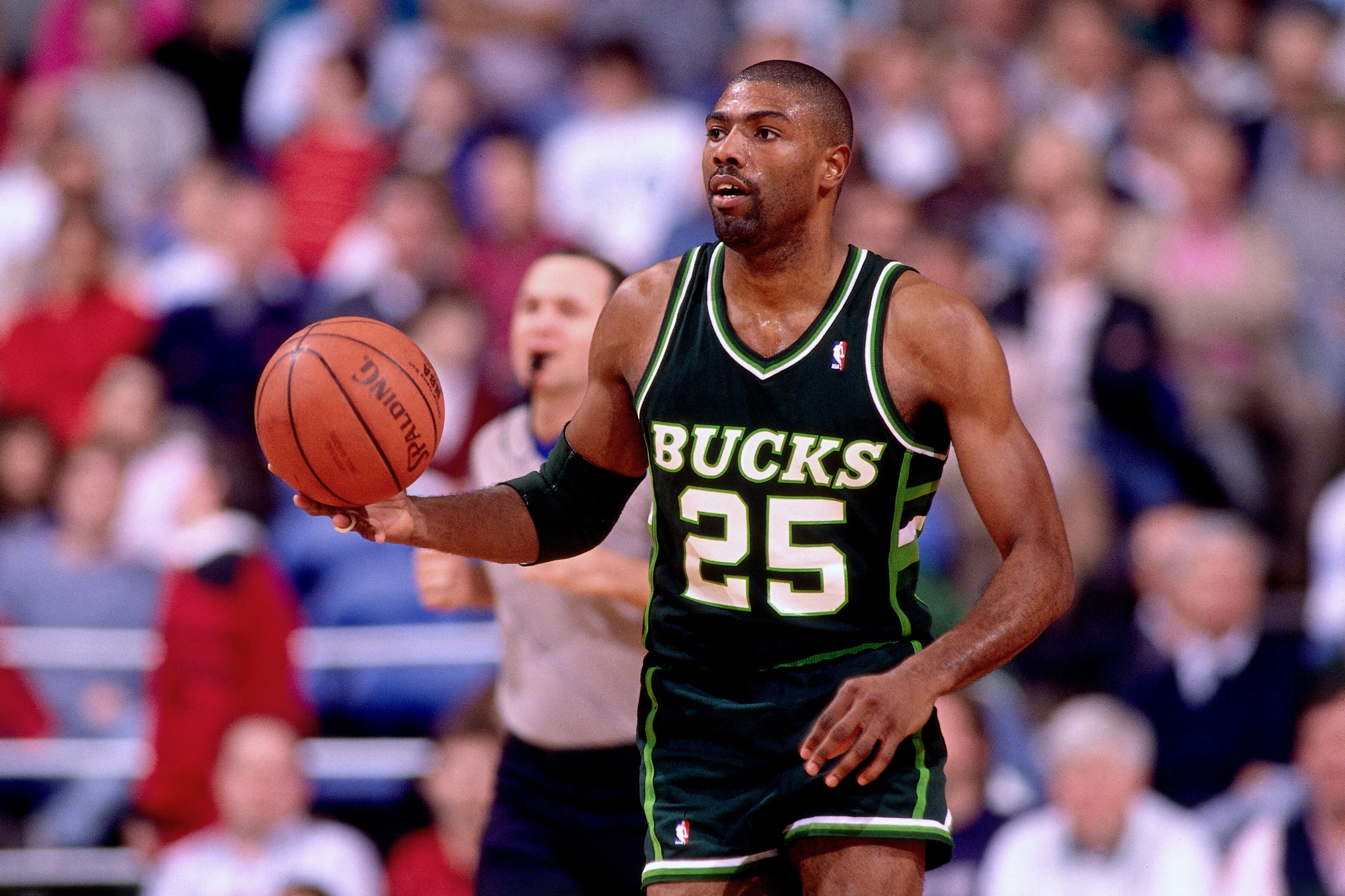 Milwaukee Bucks 49 years in 49 days 1989 90 season
