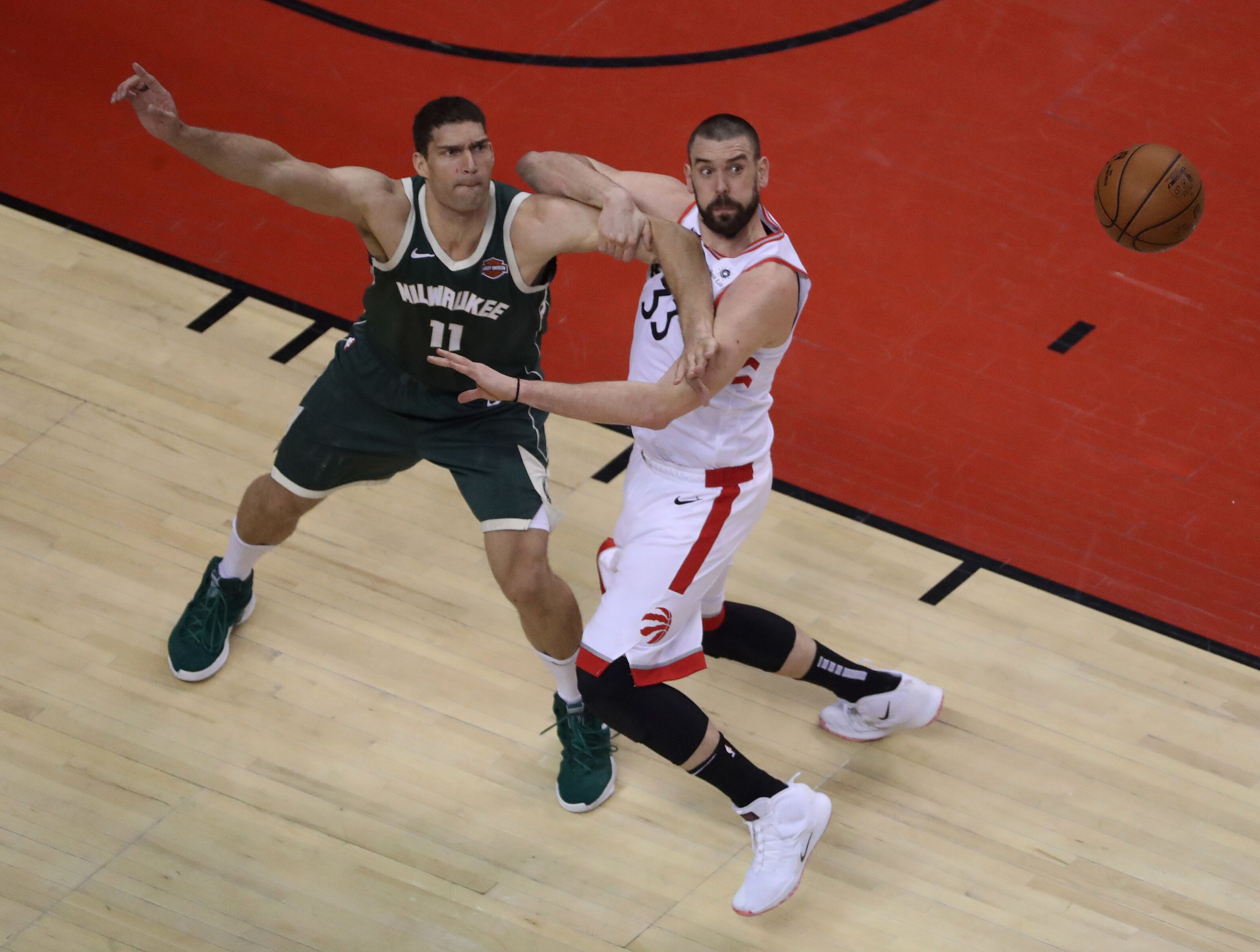 Milwaukee Bucks: Brook Lopez remains a potent weapon in the post