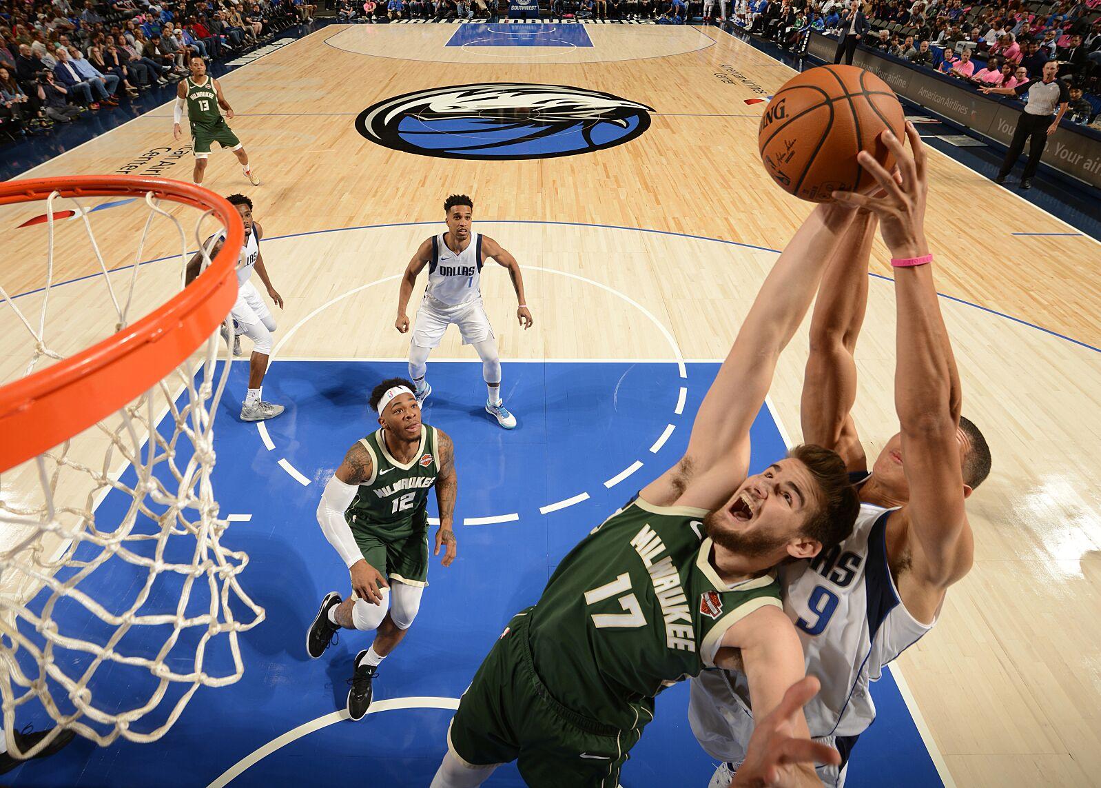 Milwaukee Bucks: Player grades from 118-111 preseason win over Dallas Mavericks
