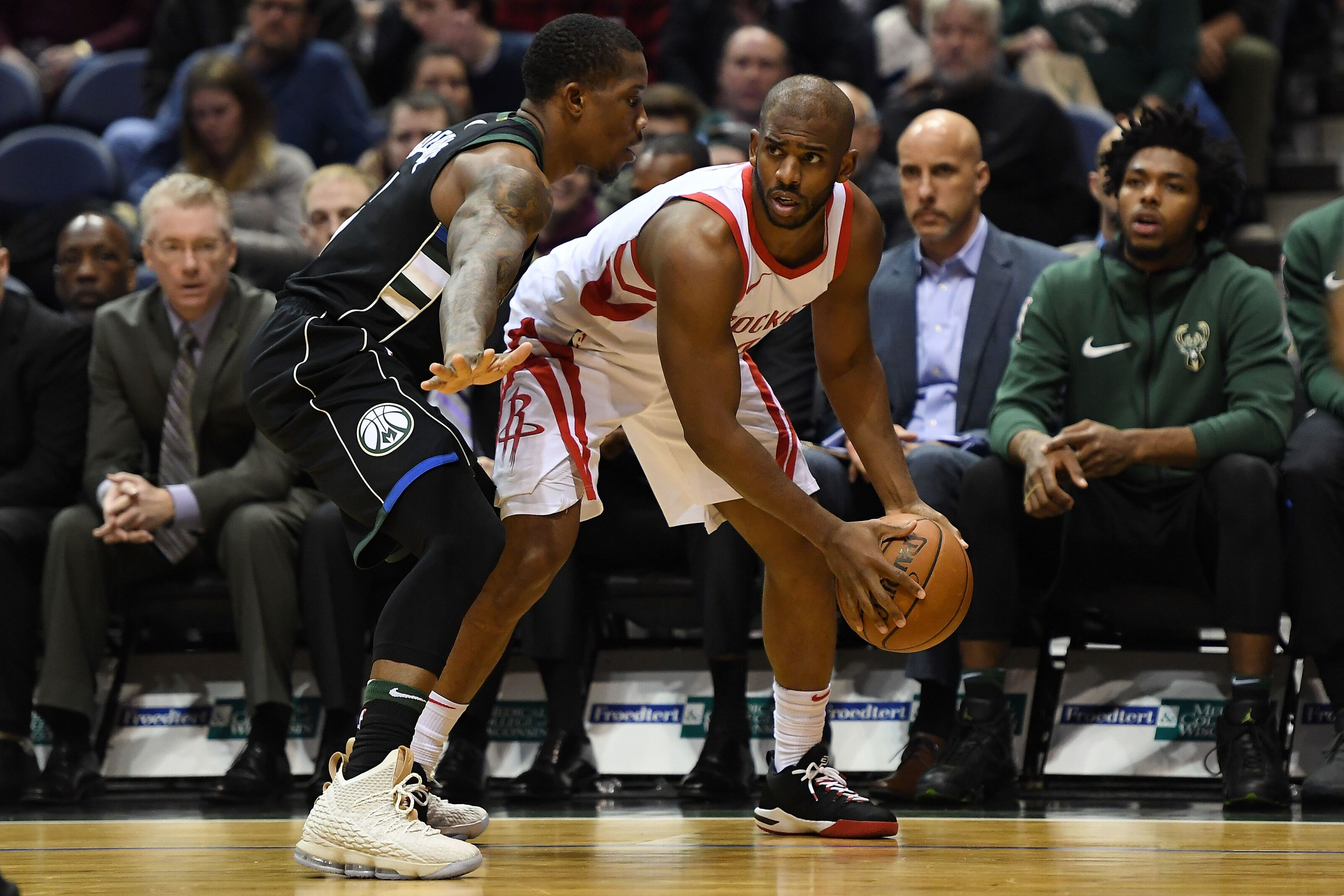 e54415fa7dd Milwaukee Bucks  Utilizing Eric Bledsoe s disruptive defense