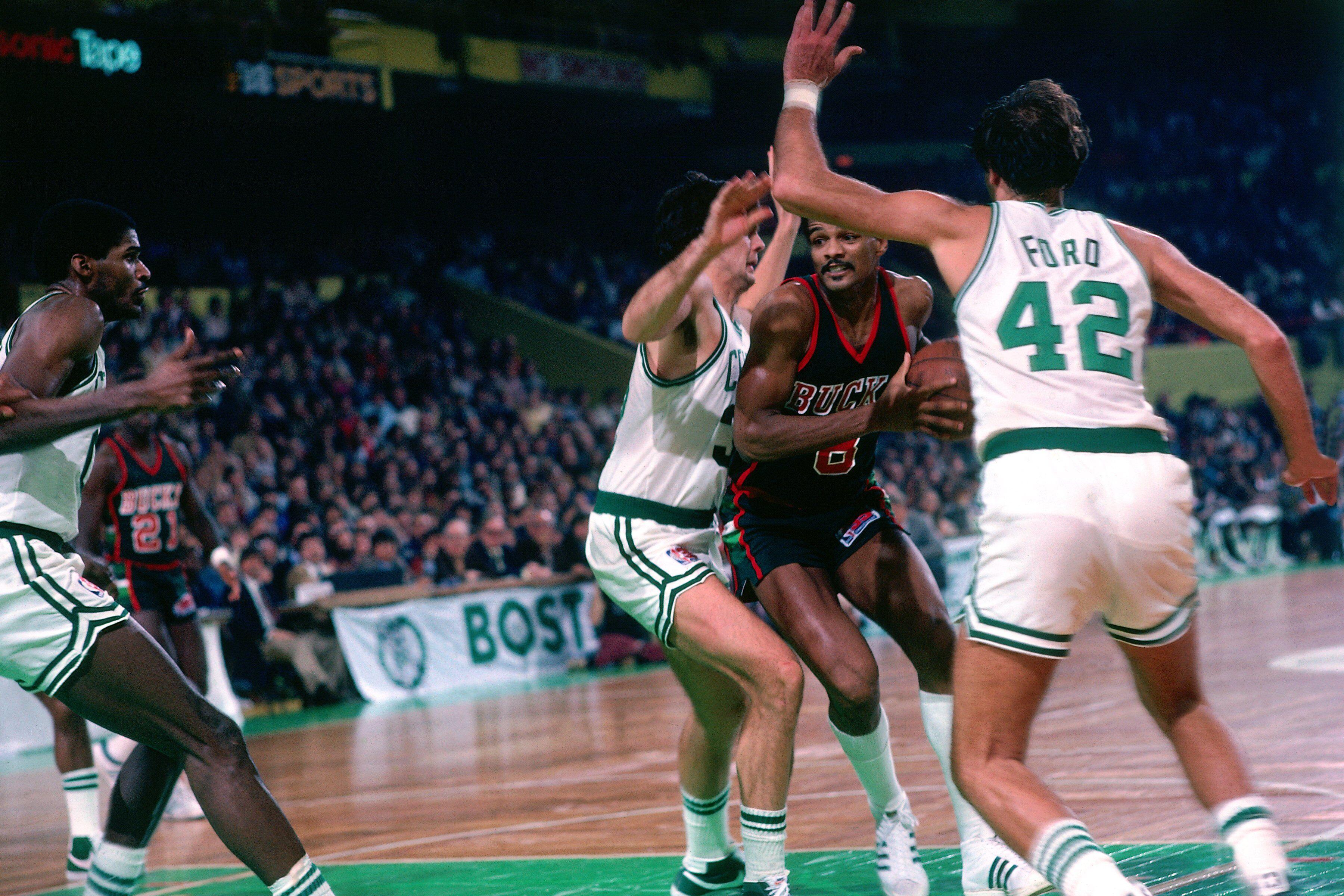 Milwaukee Bucks 49 years in 49 days 1981 82 season