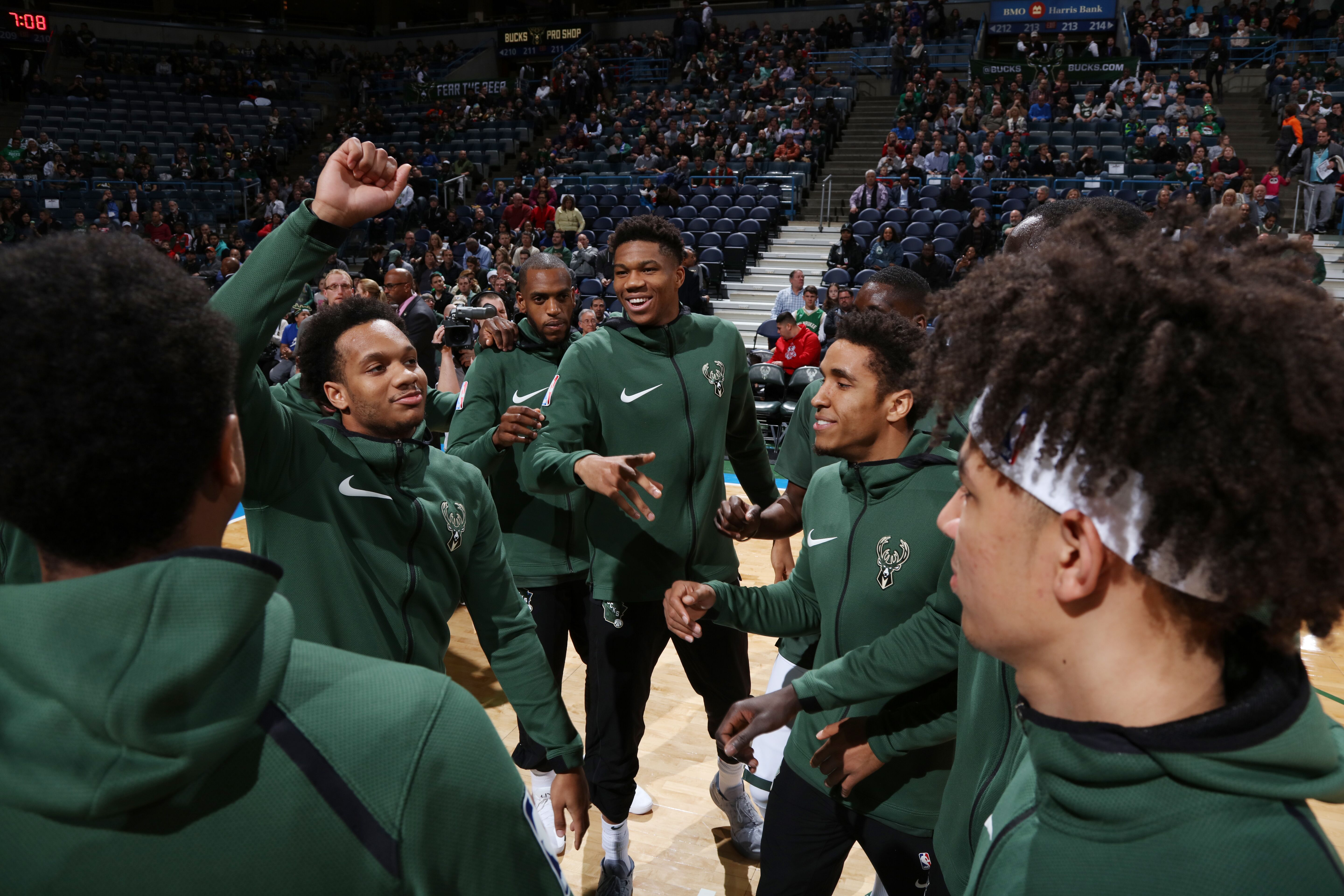 887399018-detroit-pistons-v-milwaukee-bucks.jpg