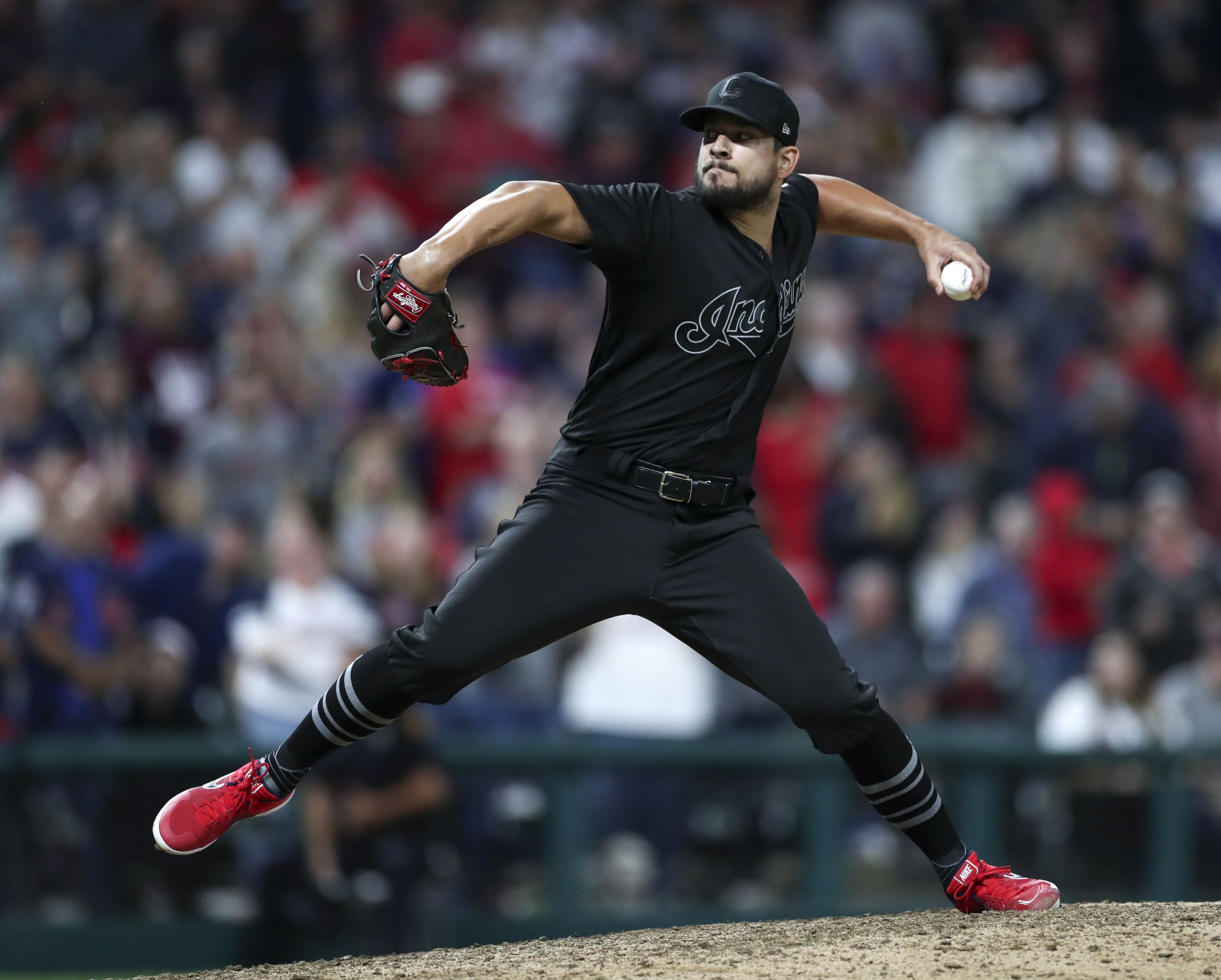 Cleveland Indians: Brad Hand bounces back to secure win