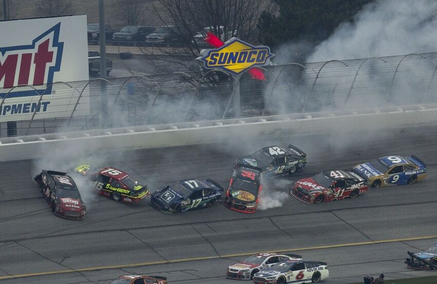 NASCAR: Which Drivers Wrecked The Most In 2015?