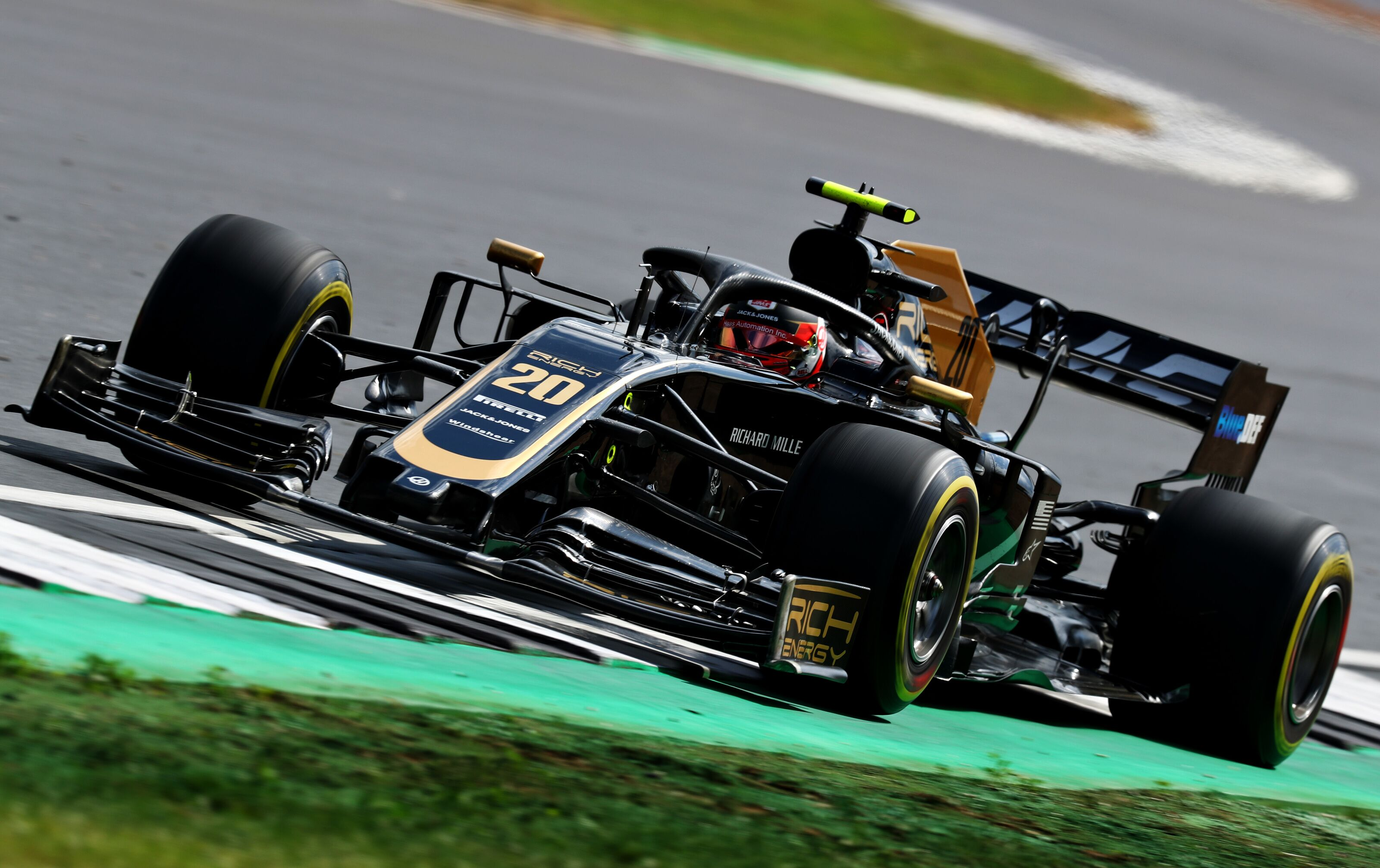 Formula 1: Rich Energy 'congratulate' Haas on early double retirement