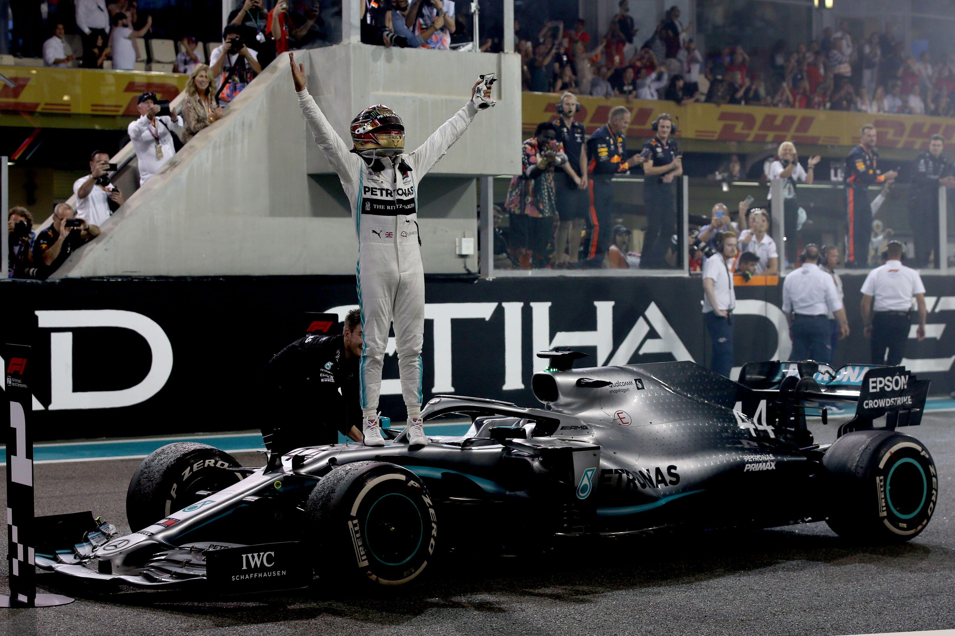 Formula 1: Lewis Hamilton matches Ayrton Senna in Abu Dhabi rout