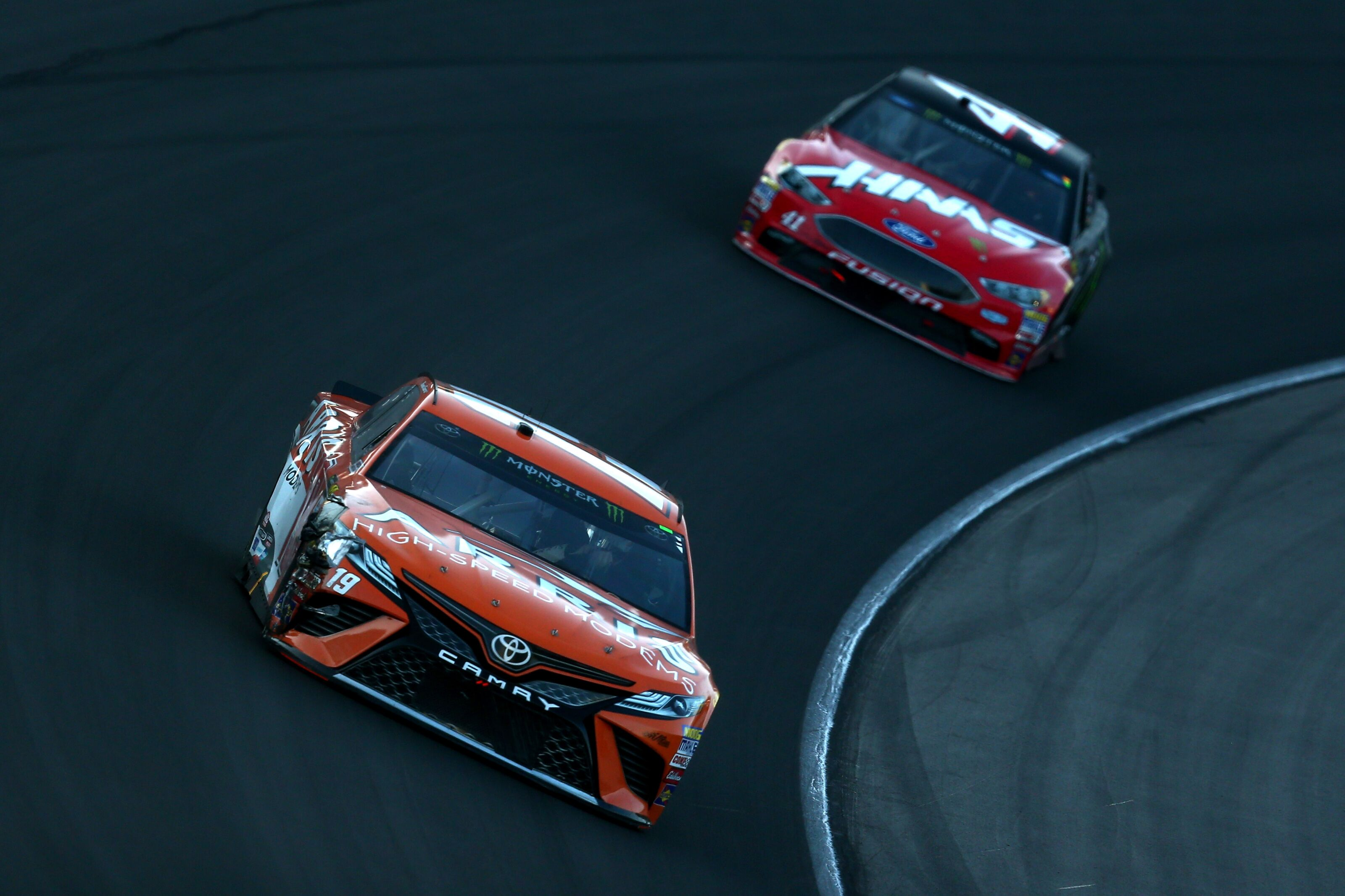 NASCAR Cup Series: Two key drivers still not signed for 2019