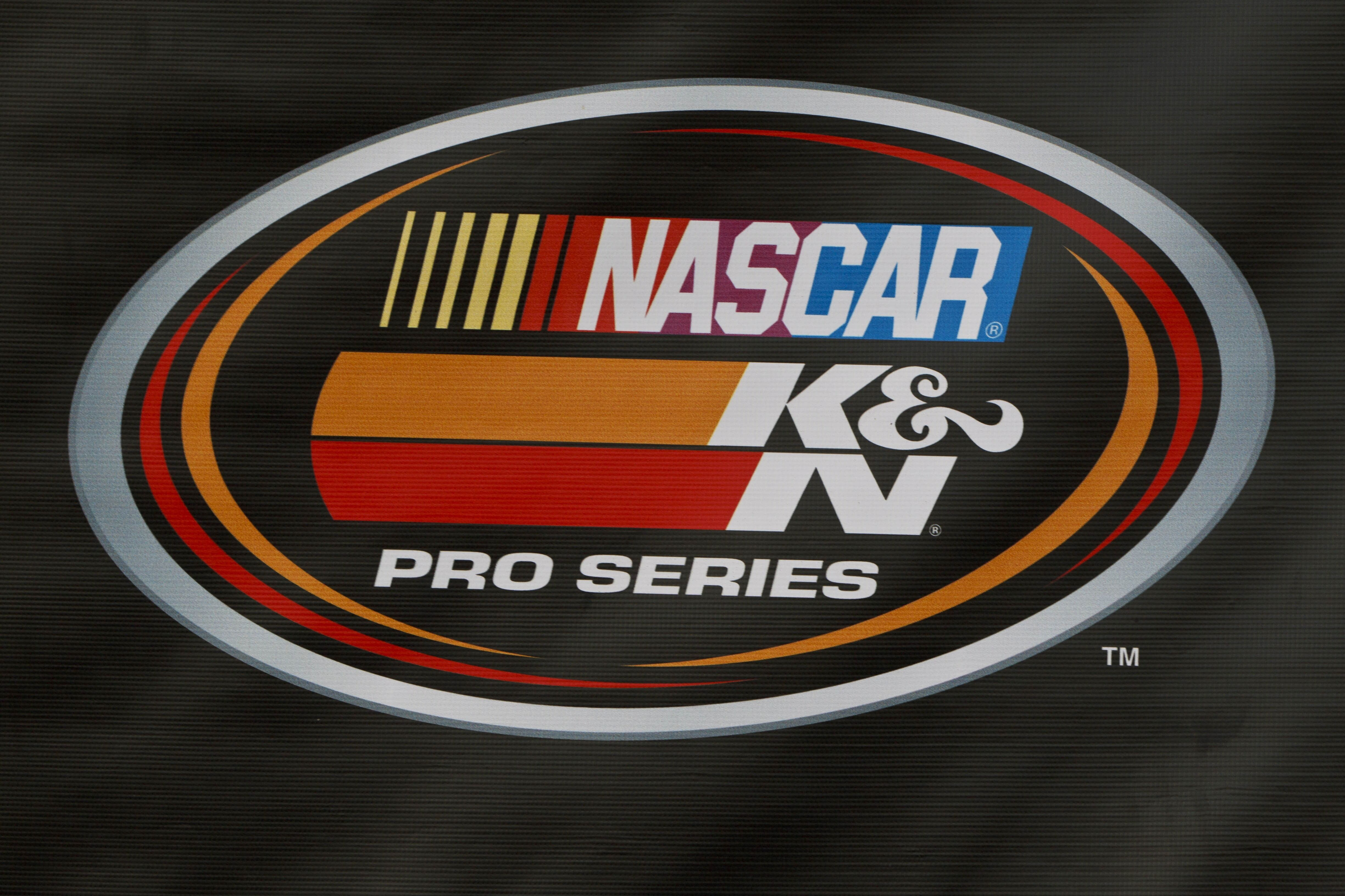 Nascar Updated Logos Rules In 2018 For Regional Touring