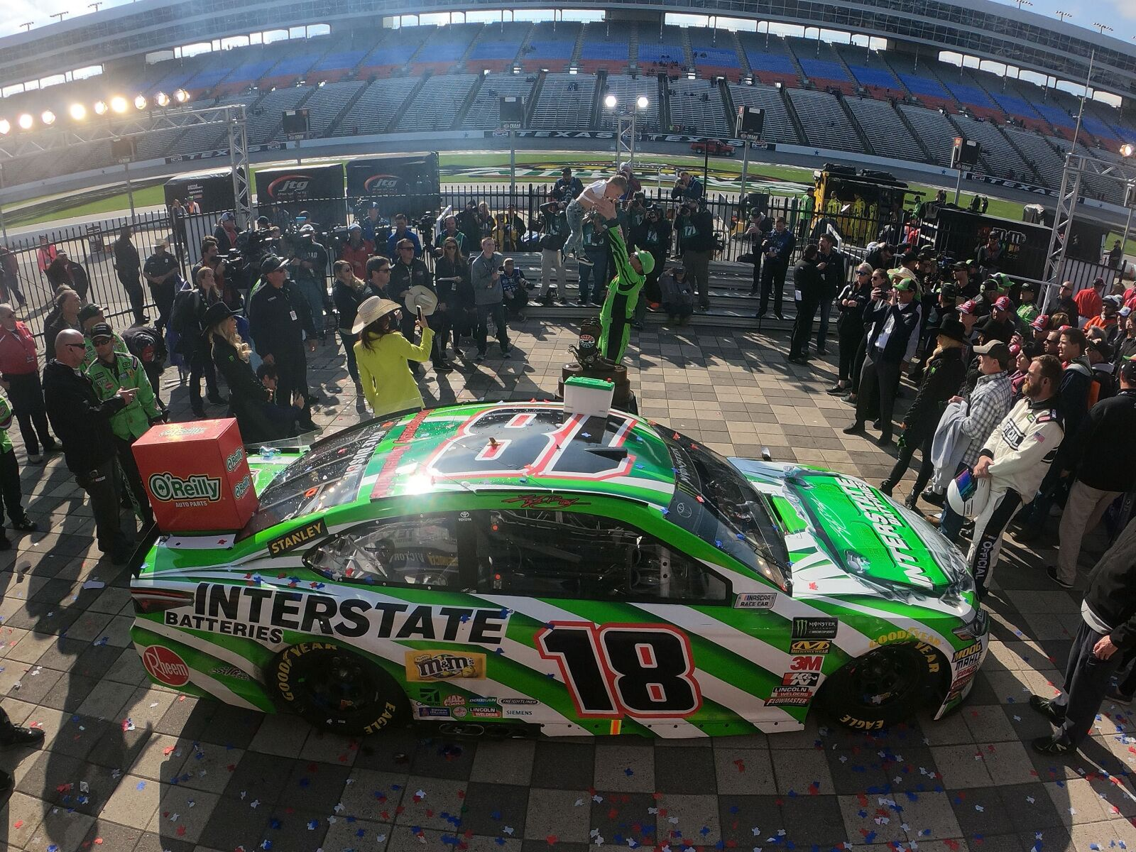 Davison Auto Parts >> NASCAR: 5 predictions for the 2018 Food City 500 at Bristol Motor Speedway