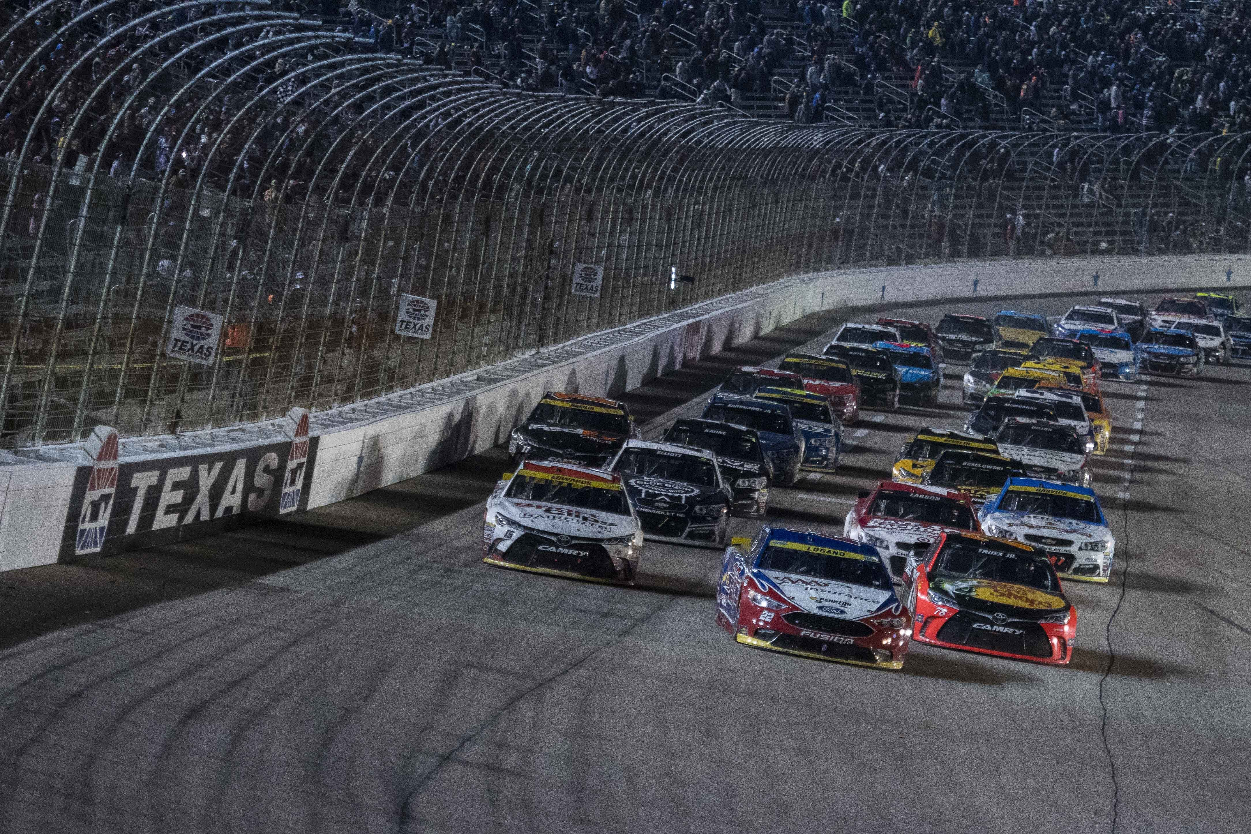 Raceday rewind 2012 nascar cup series at texas for Texas motor speedway schedule this weekend