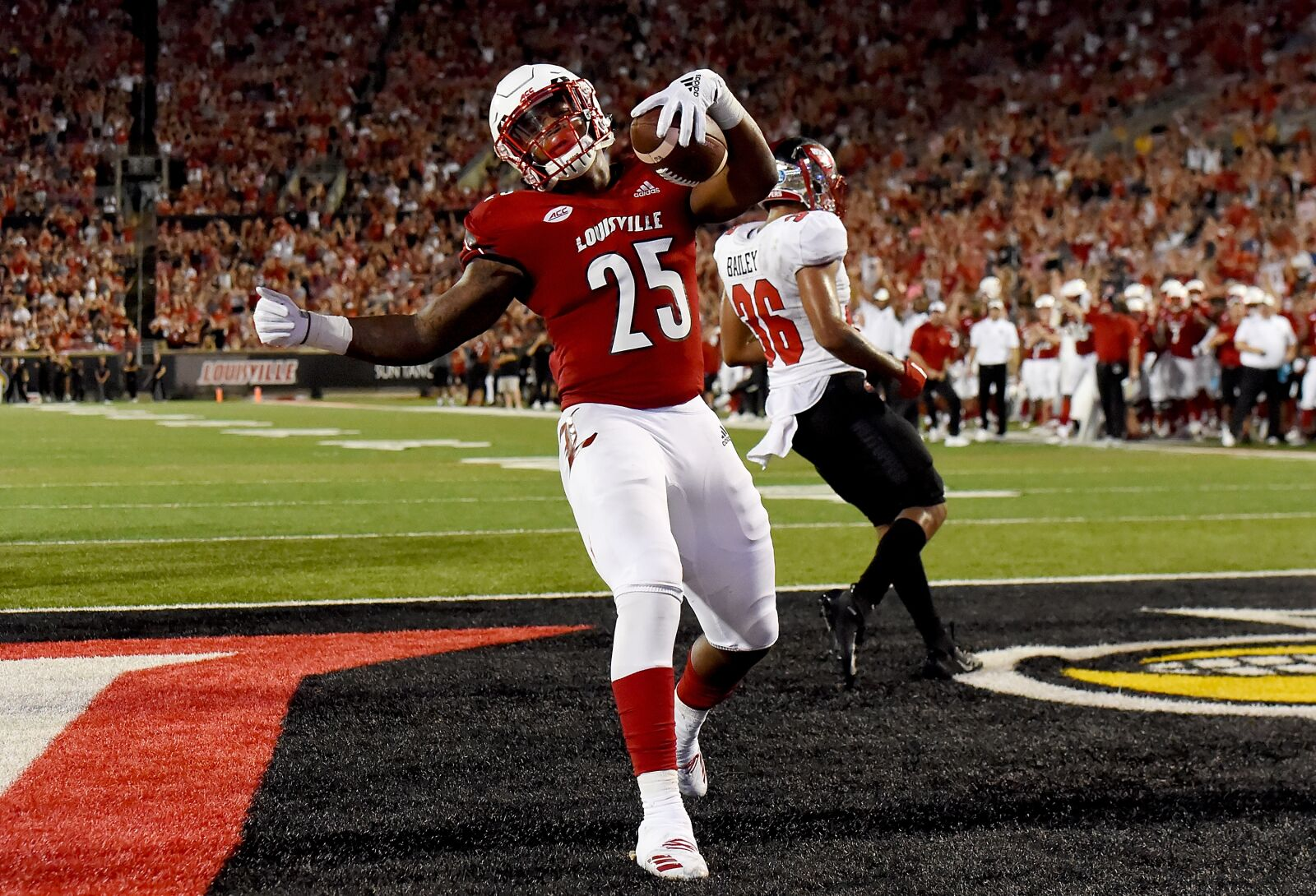 Louisville football: Cards will look to beat Tops convincingly this time