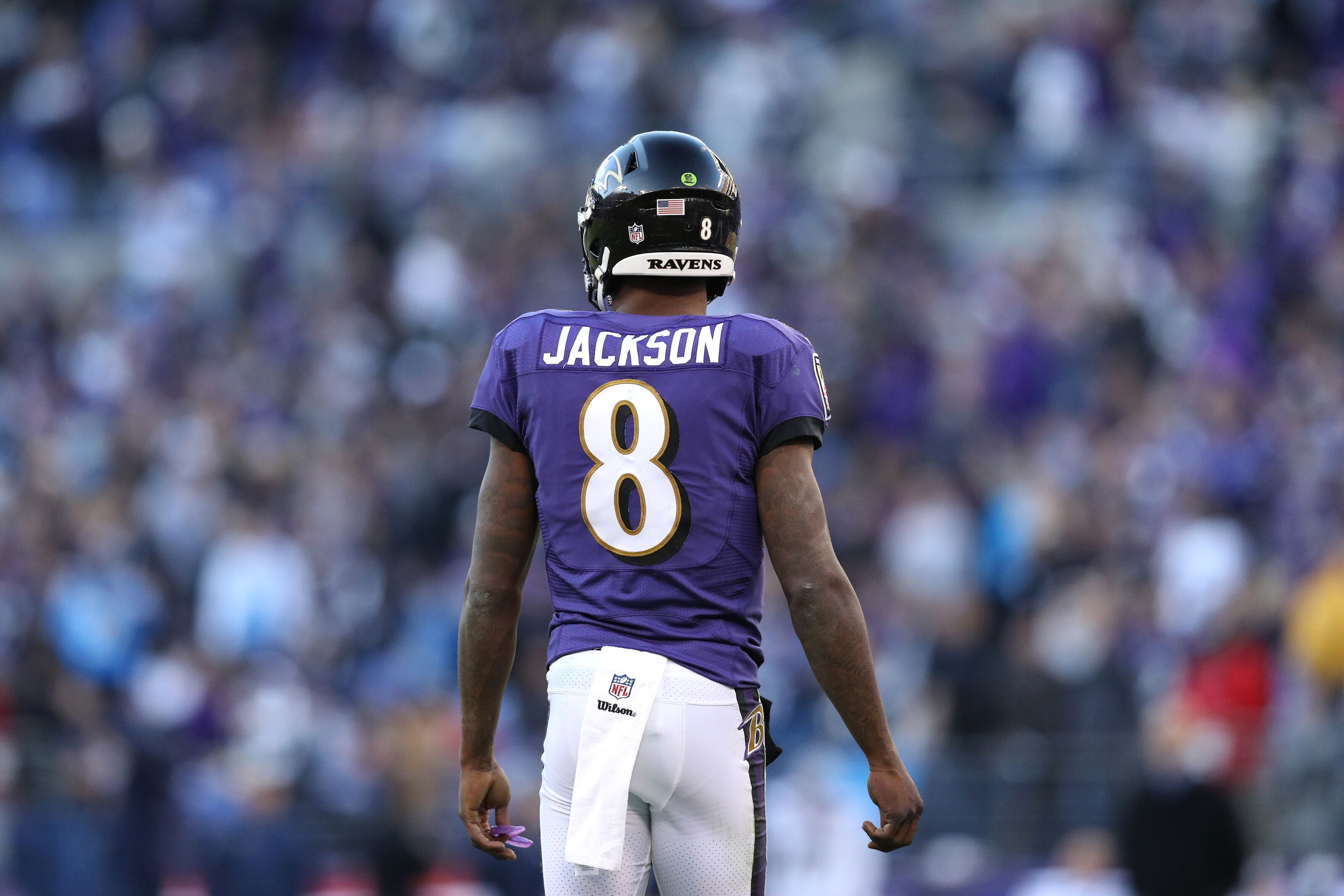reputable site 3eb45 6c3c5 Are the Ravens hurting Lamar Jackson long-term with short ...