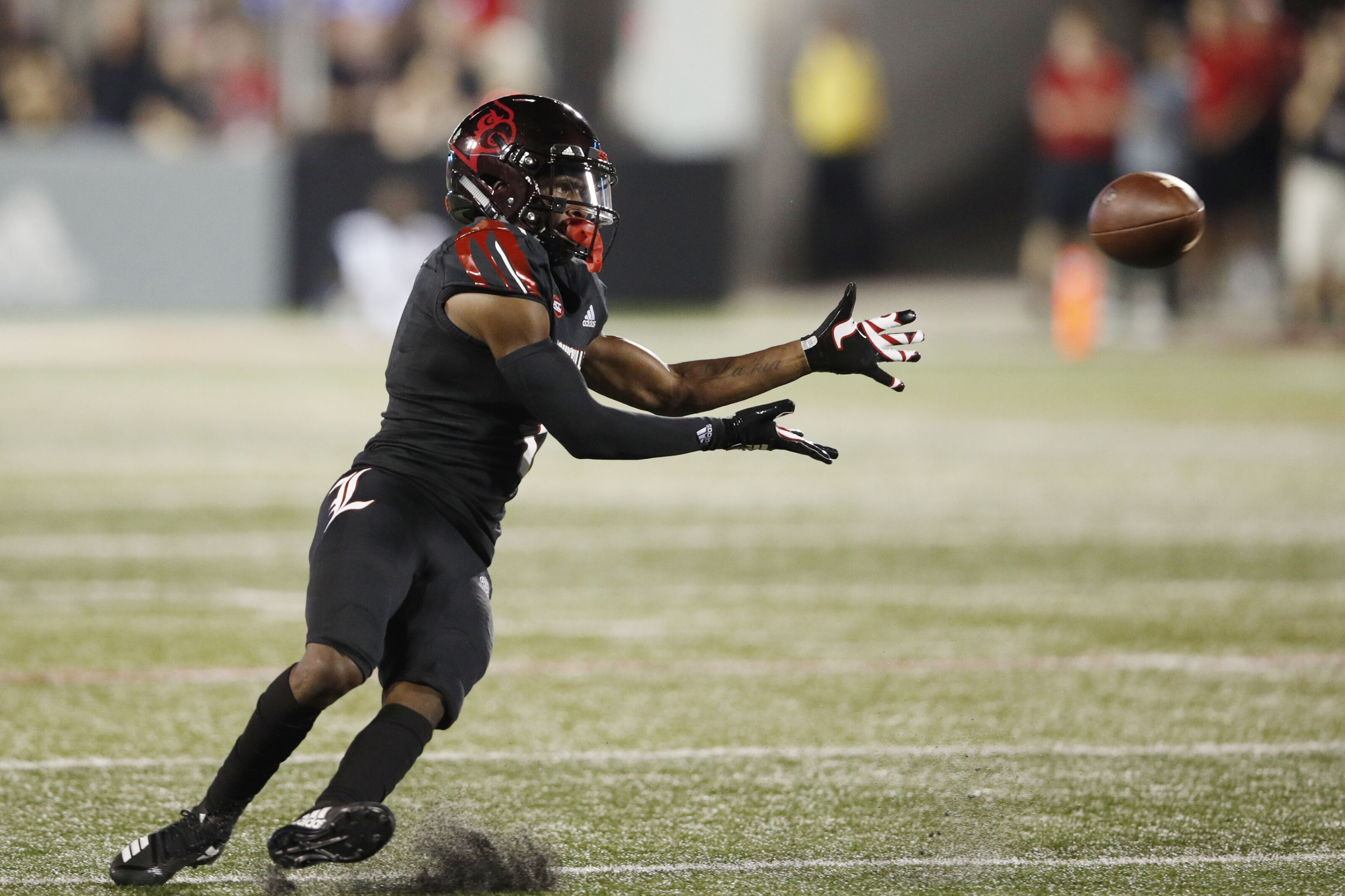 118dd91c60f Louisville Football  True Freshman Tutu Atwell Making His Mark