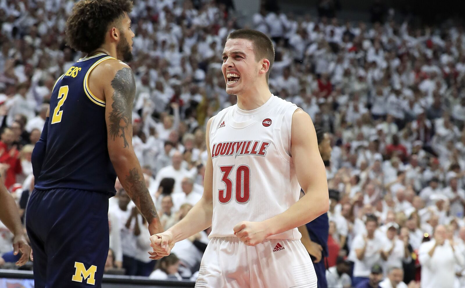 No. 1Louisville basketball looks to put on show in the Big Apple