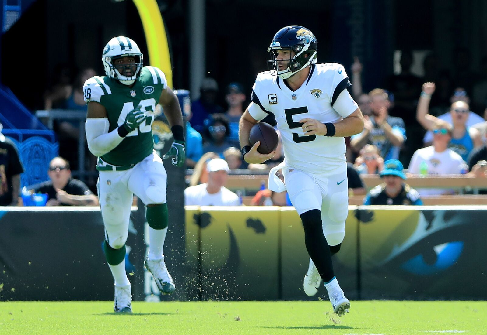 3ba4dcc18 Should the Jaguars hold on to Blake Bortles in 2019