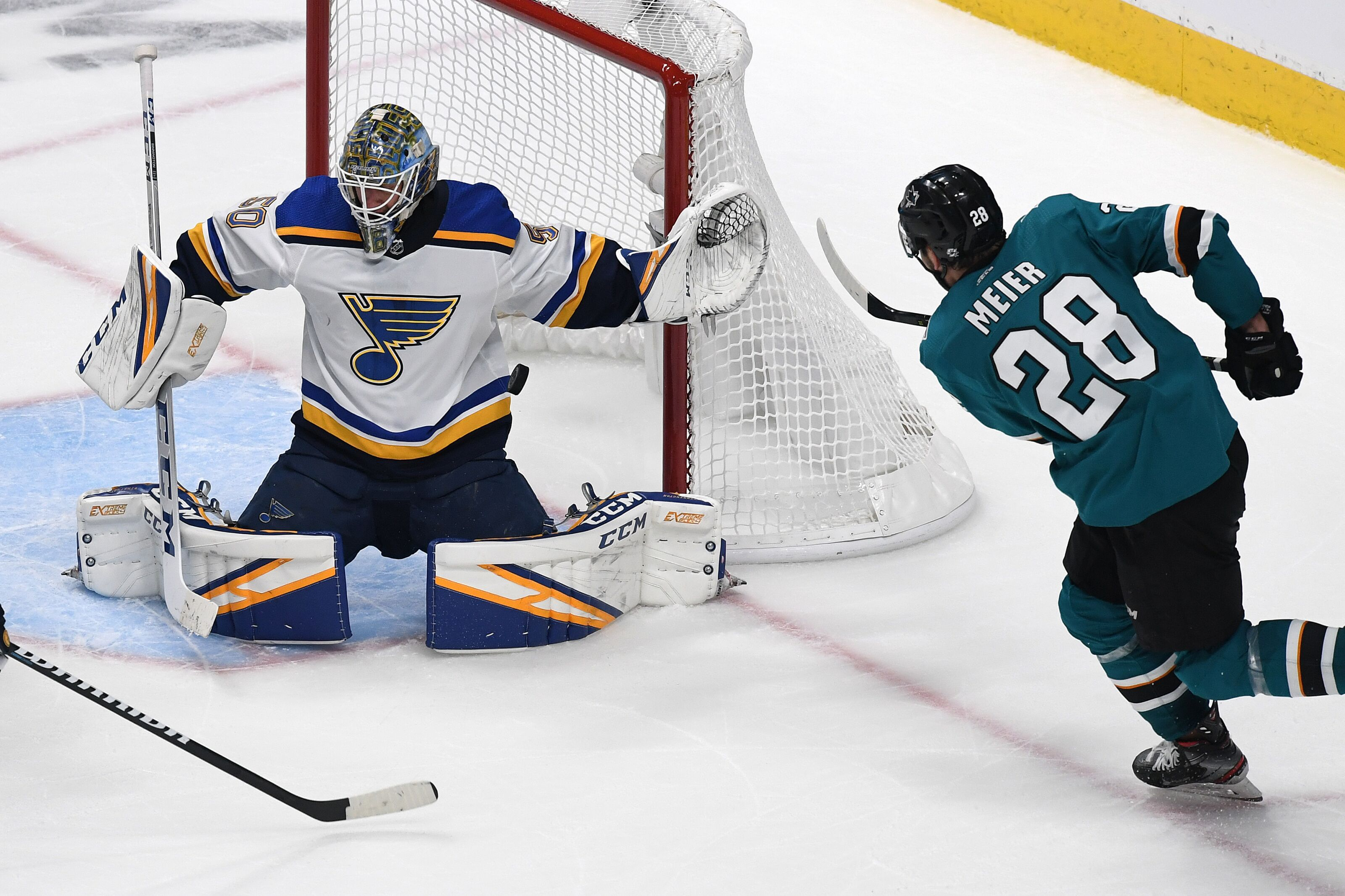 42747d75f38 San Jose Sharks Hope Home Ice Gives Them the Advantage in Game 5