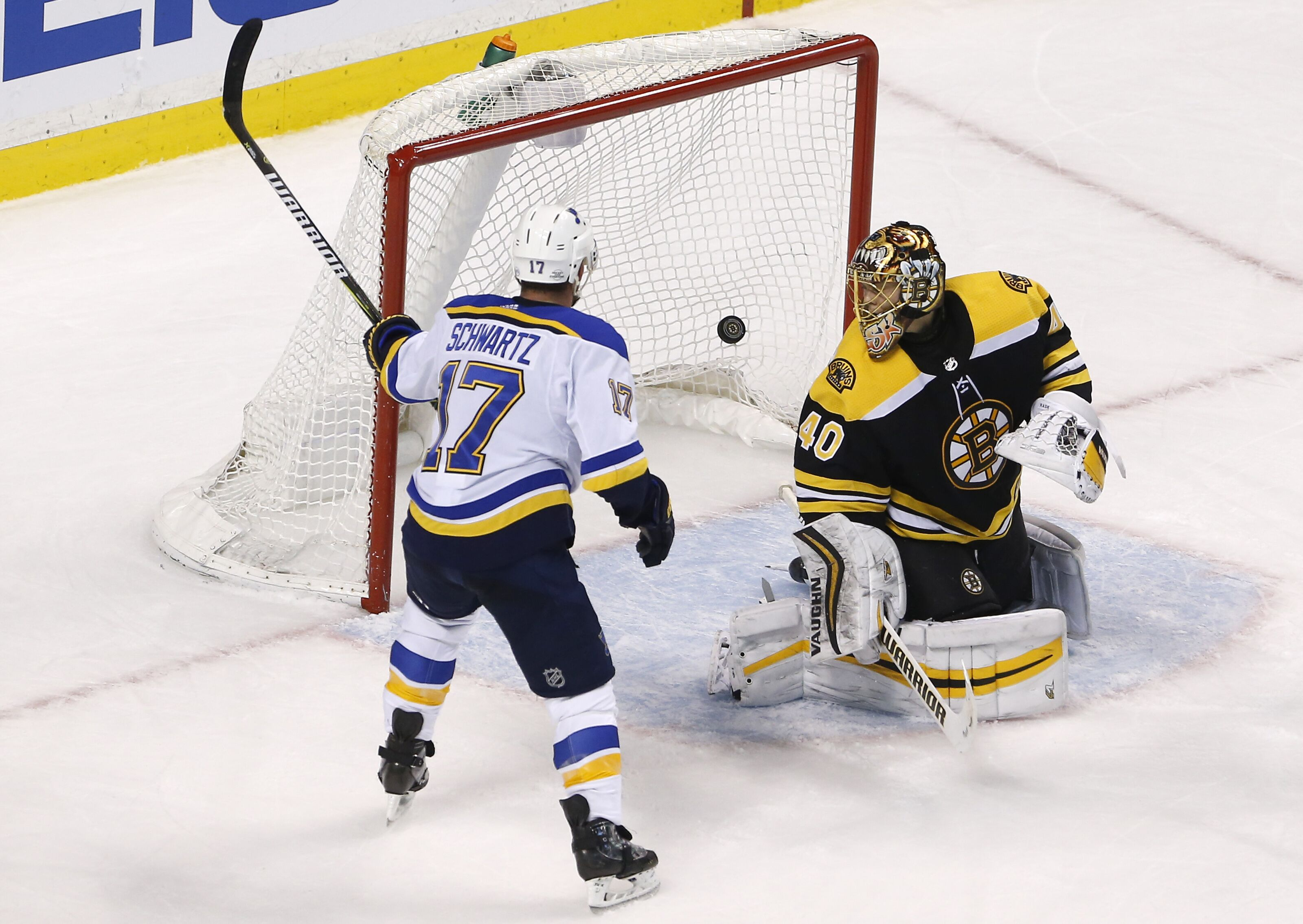 913401116-st-louis-blues-vs-boston-bruins-at-td-garden.jpg