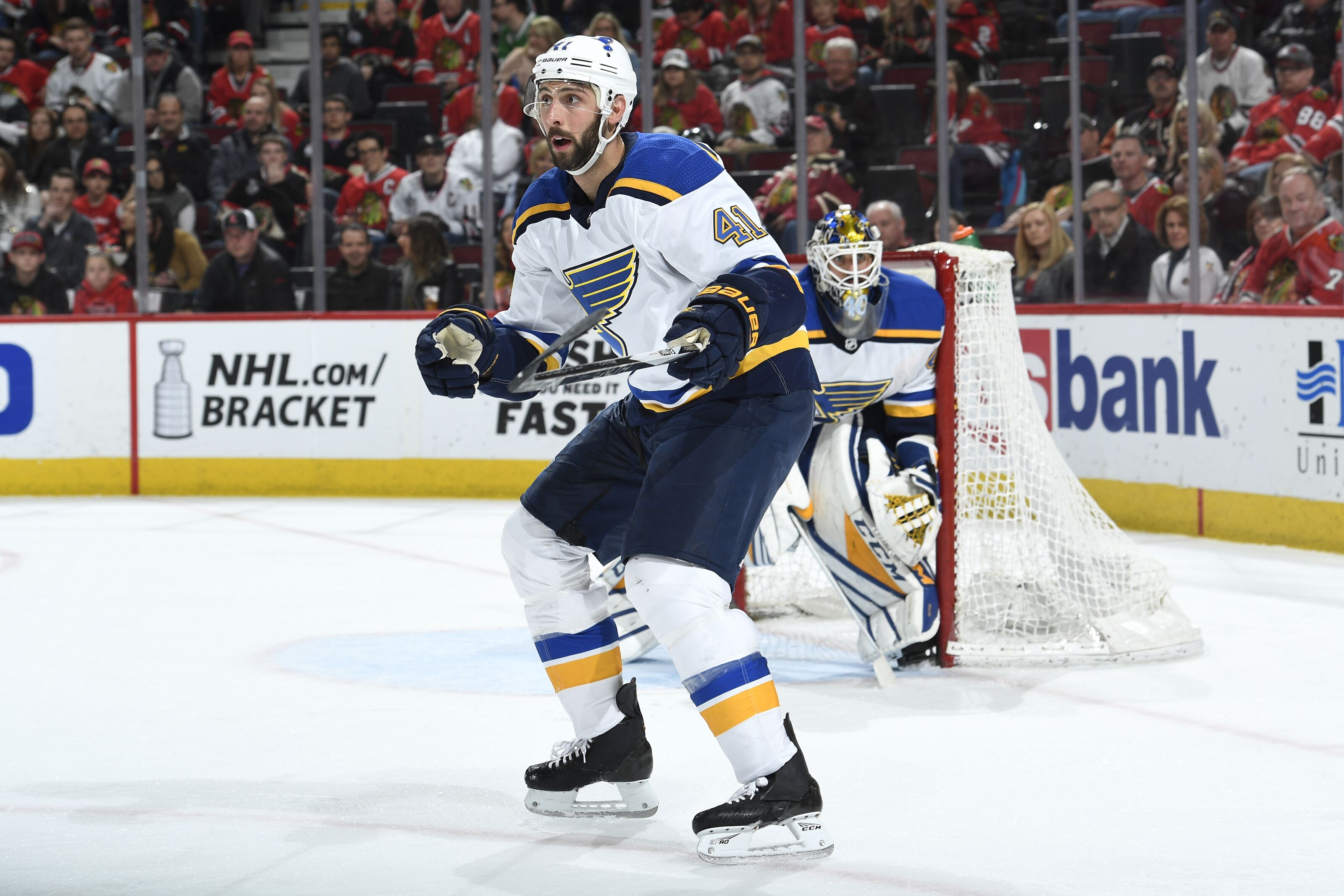 946462330-st-louis-blues-v-chicago-blackhawks.jpg