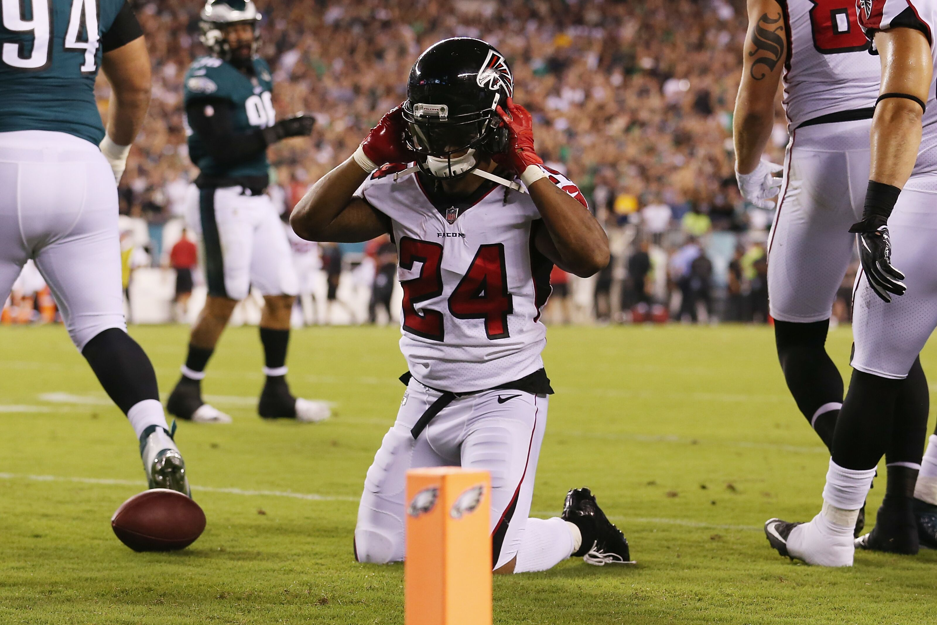 Devonta Freeman is one of the worst signings in Falcons history