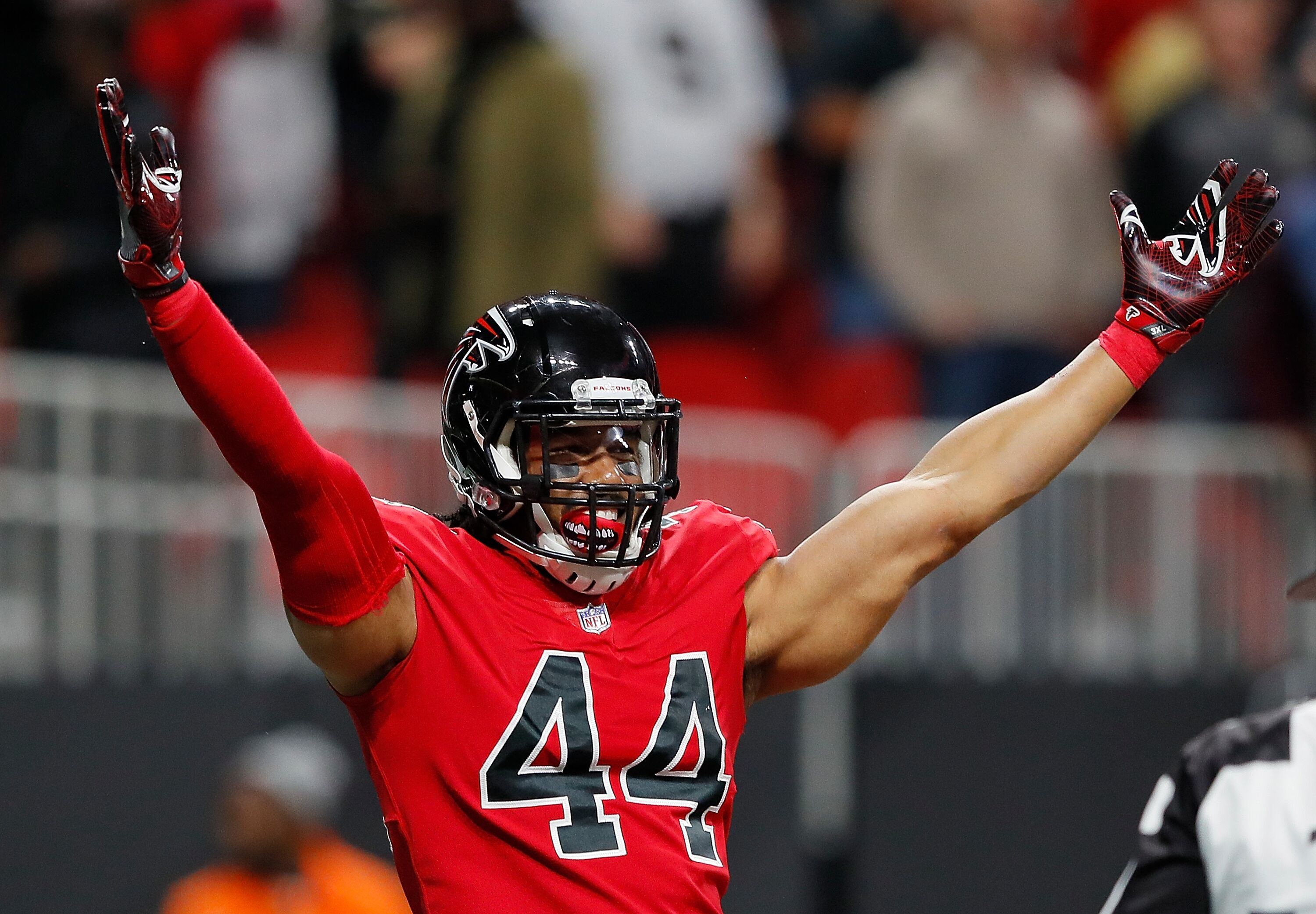 Will the Atlanta Falcons trade or release Vic Beasley this summer