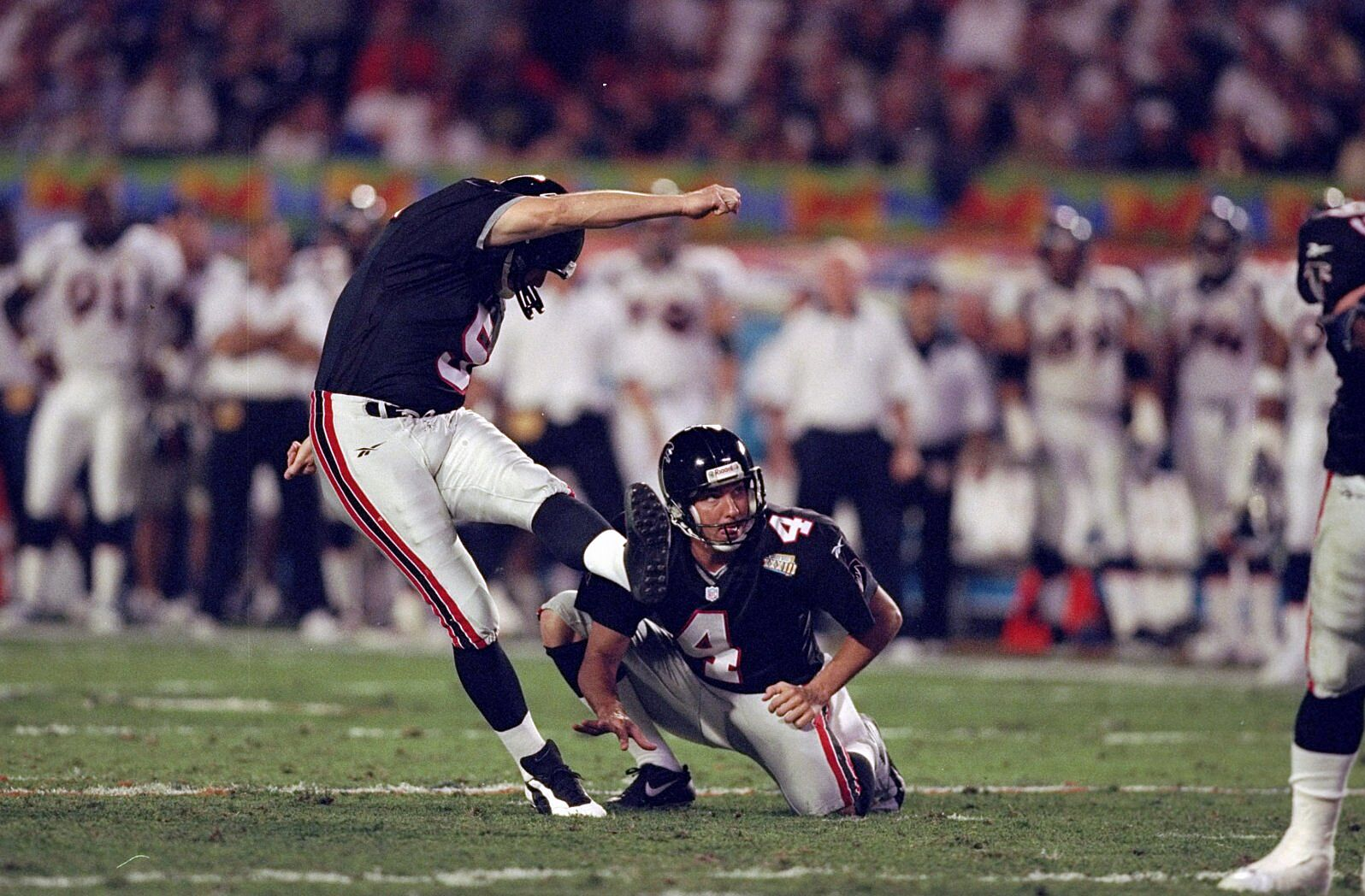 961e5d4c5 Atlanta Falcons  30 greatest players in franchise history - Page 9