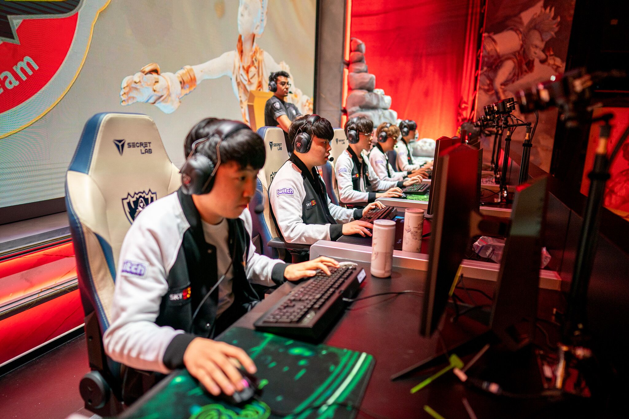 League of Legends Worlds: how often each region draws a Group of Death