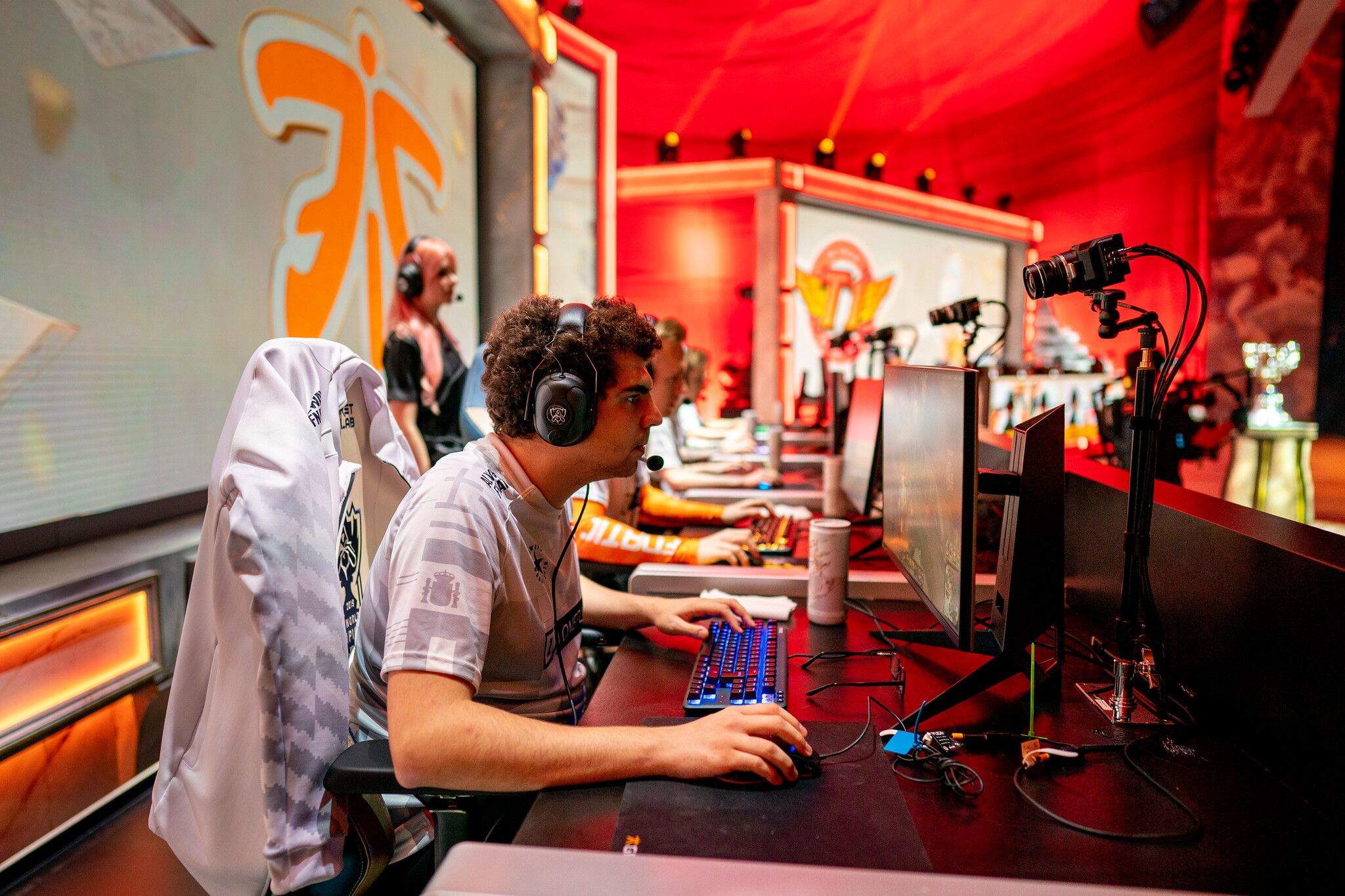 League of Legends Worlds 2019: Day 7 recap – Fnatic do the impossible