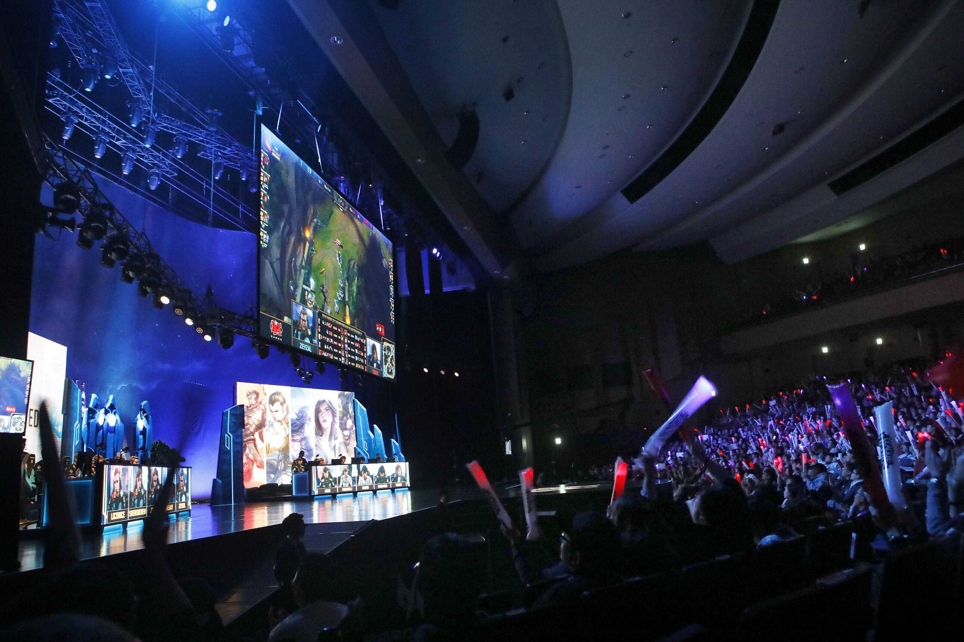 League of Legends: LEC Week 5 – Is it opposite day!?