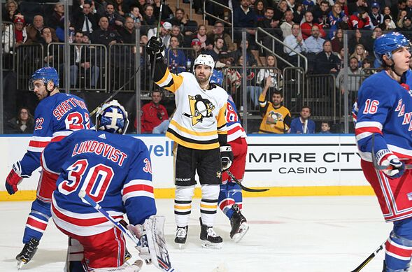 New York Rangers lose badly to the Pittsburgh Penguins 7-2 2063f1029